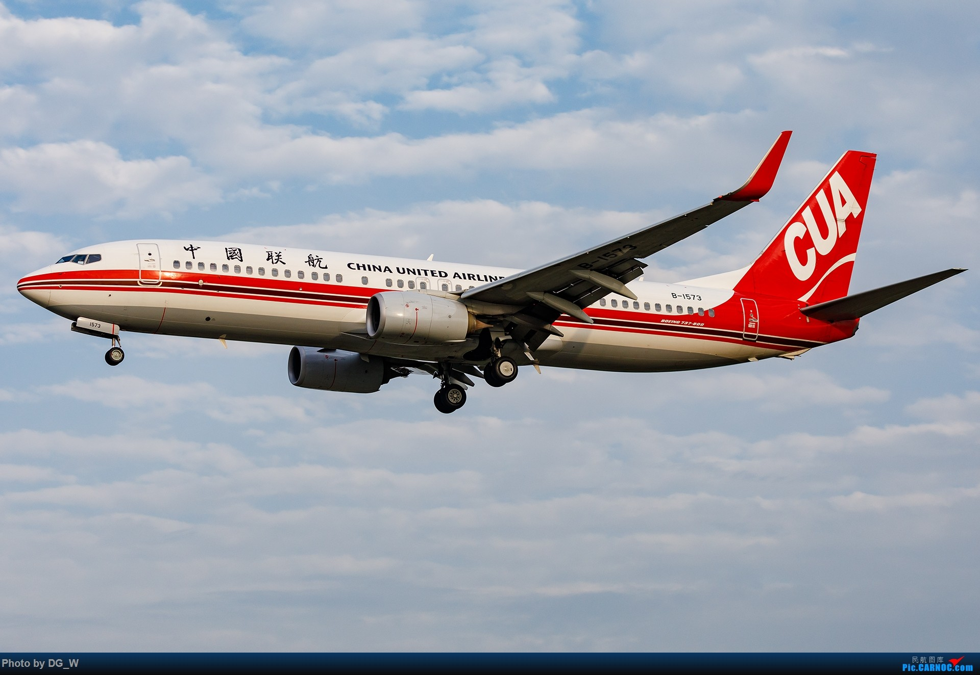 Re:[原创]【南宁飞友】NAY的最后一个周末,以及拍机点越来越少的PEK BOEING 737-800 B-1573 中国北京南苑机场