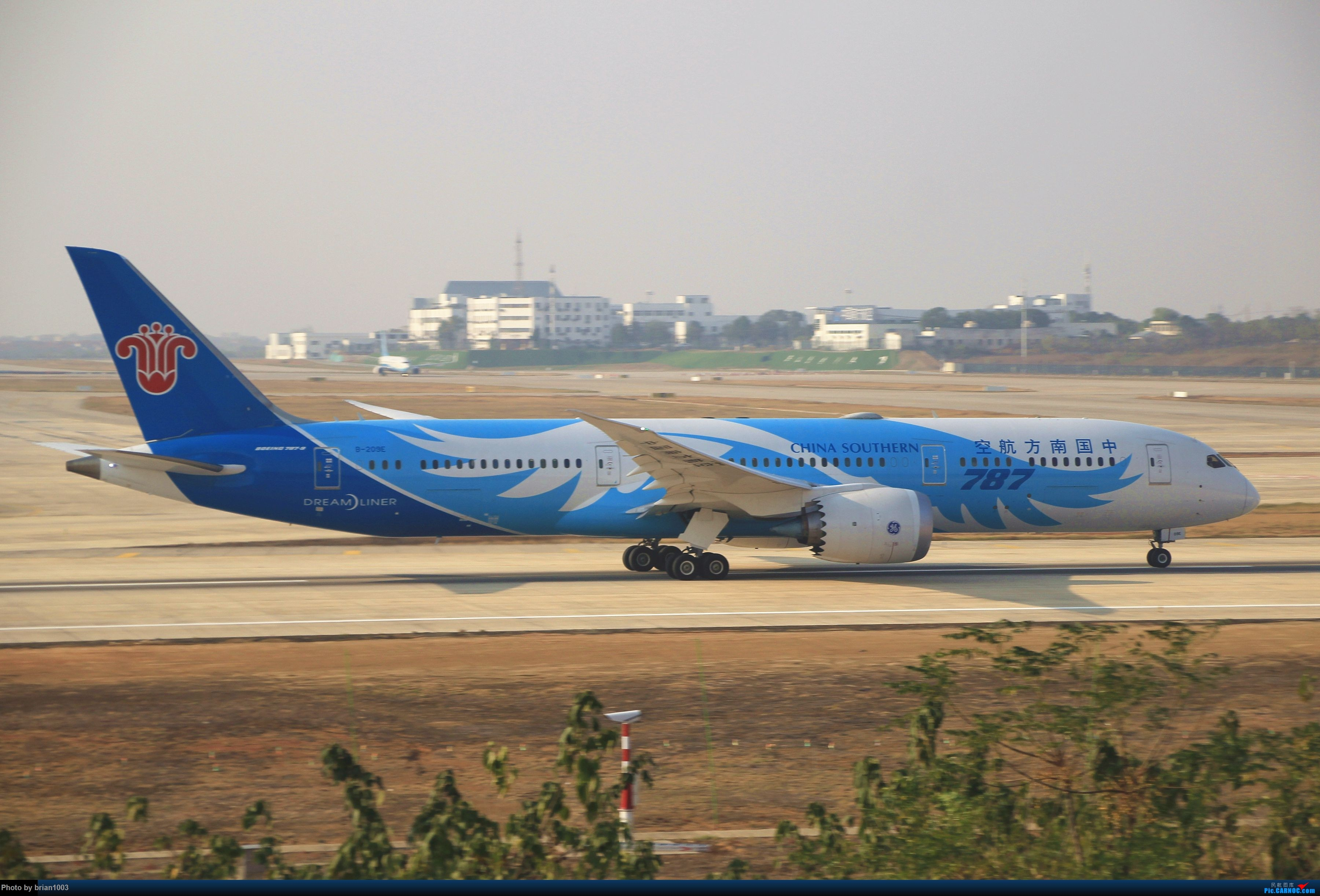 Re:[原创]WUH武汉天河机场拍机之新航季来的海航333和幸福的738 BOEING 787-9 B-209E 中国武汉天河国际机场