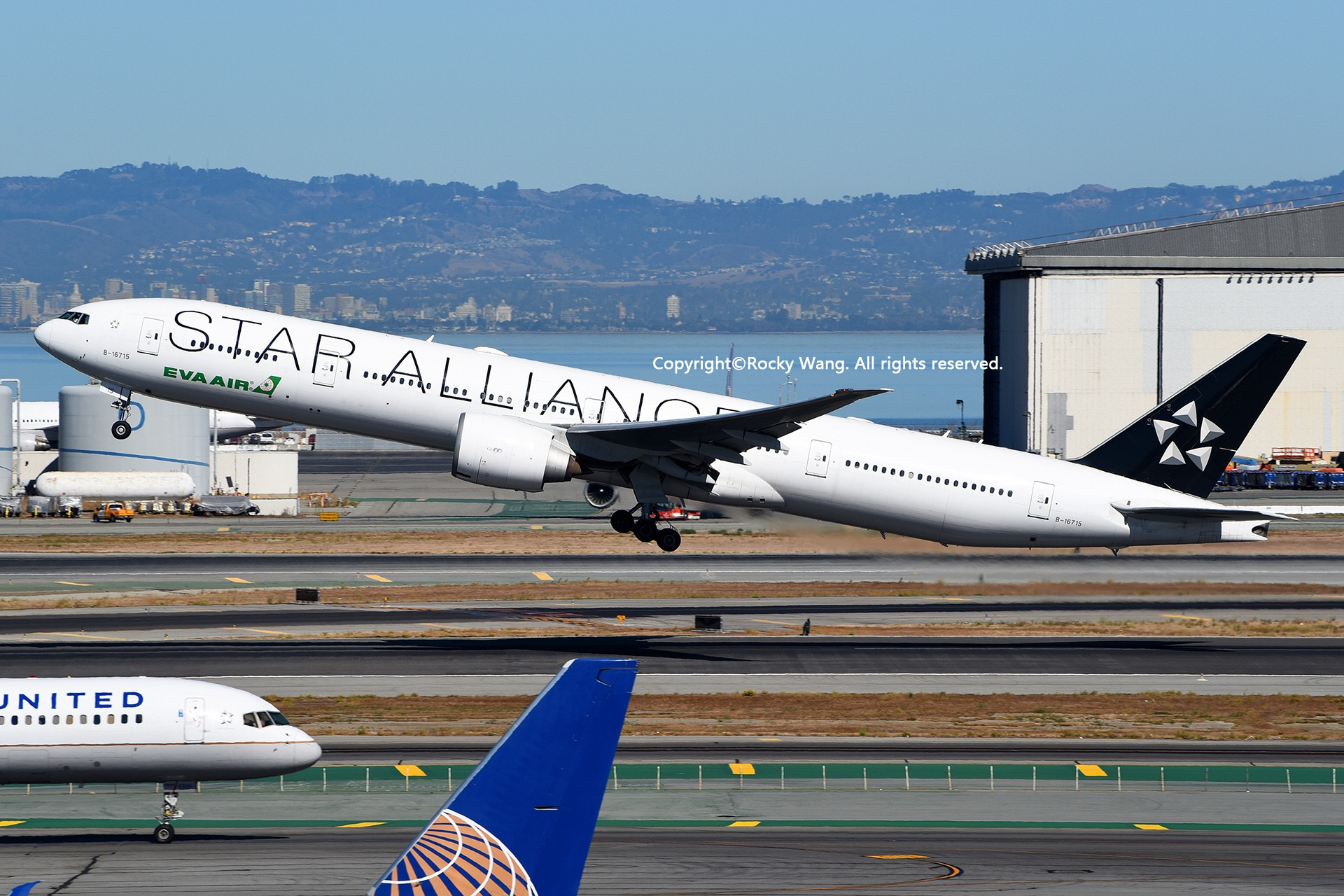 Re:[原创]彩绘圣地-附加彩蛋 BOEING 777-35EER B-16715 San Francisco Int'l Airport
