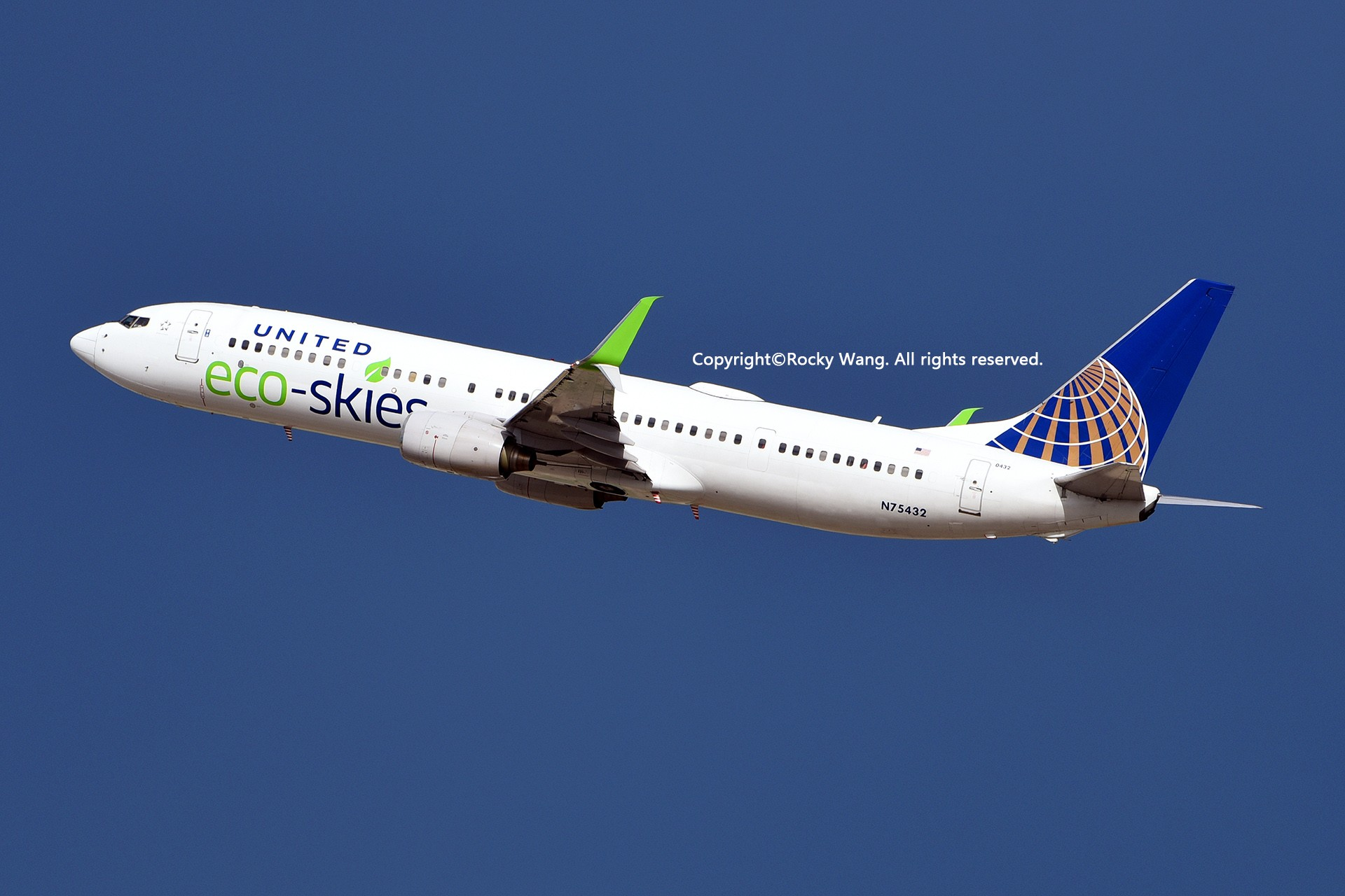 Re:[原创]彩绘圣地-附加彩蛋 BOEING 737-924ER N75432 Los Angeles Int'l Airport