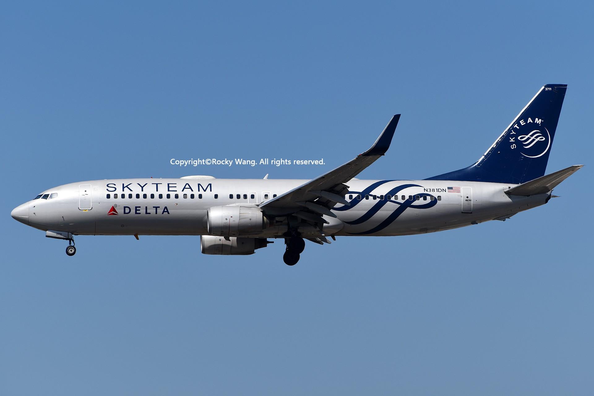 Re:[原创]彩绘圣地-附加彩蛋 BOEING 737-832 N381DN Los Angeles Int'l Airport