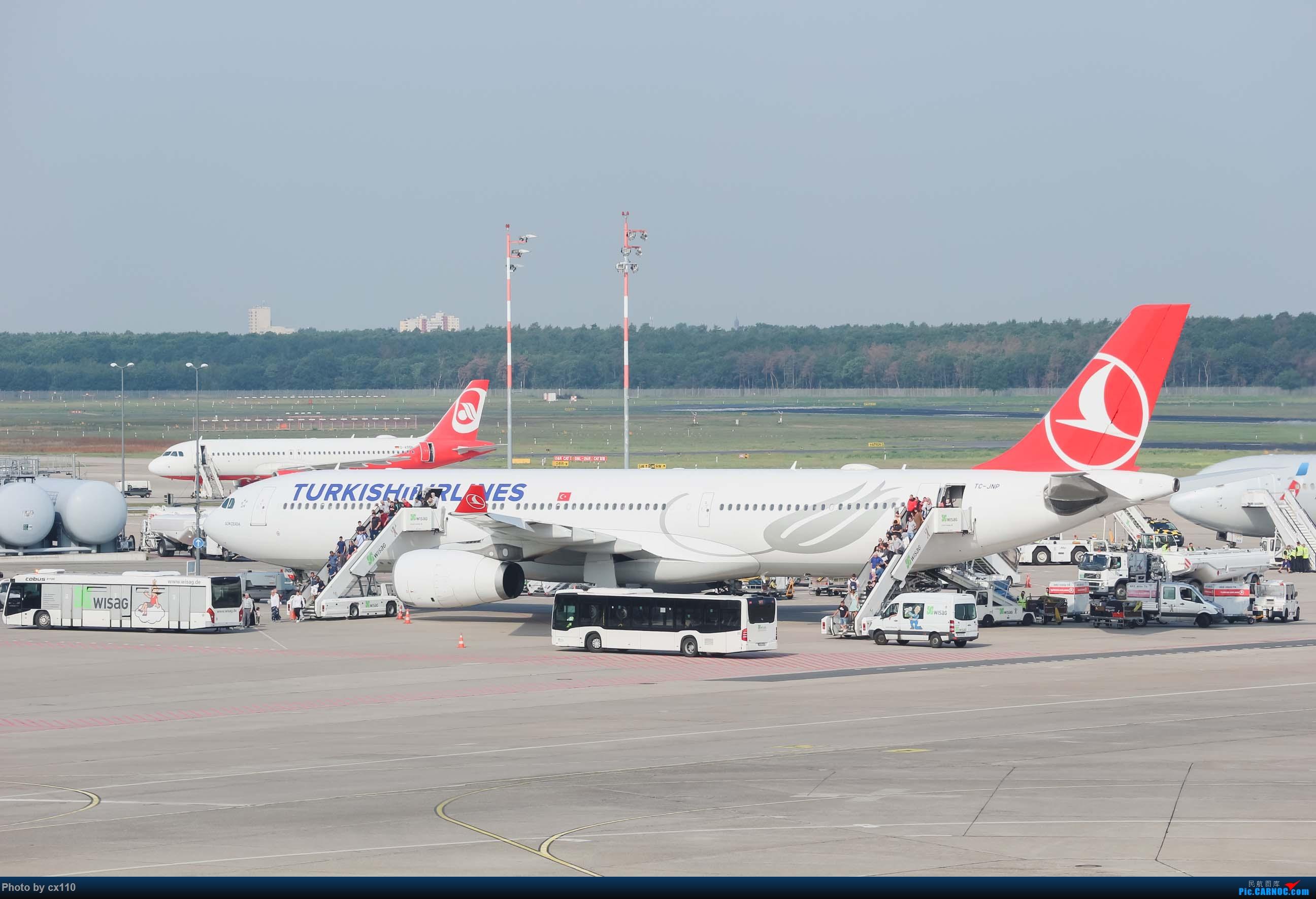 Re:[原创]欧洲机场拍机记-柏林/赫尔辛基/布拉格 AIRBUS A330-300 TC-JNP 德国柏林泰格尔机场