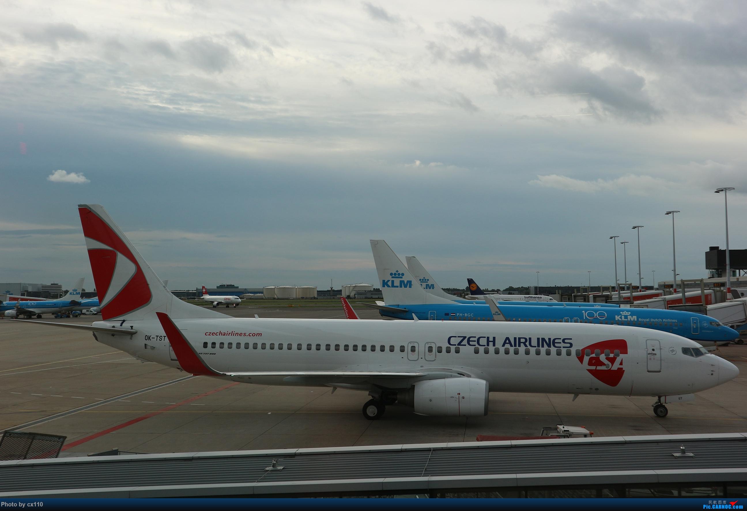 Re:[原创]欧洲机场拍机记-柏林/赫尔辛基/布拉格 BOEING 737-800 OK-TST 荷兰阿姆斯特丹史基浦机场