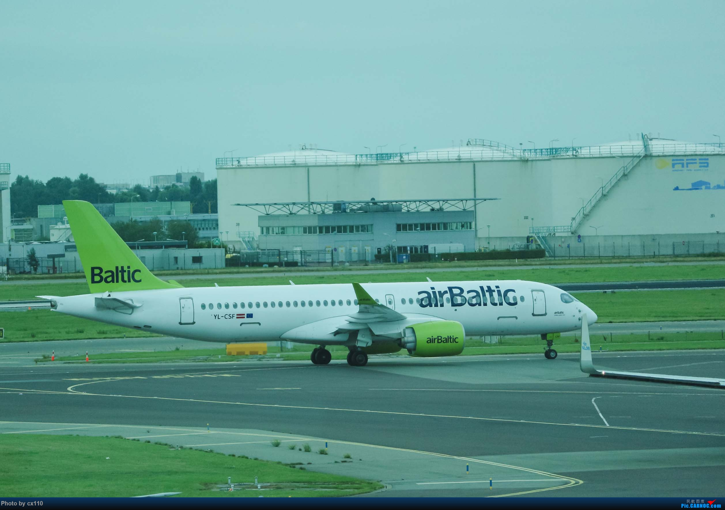 Re:[原创]欧洲机场拍机记-柏林/赫尔辛基/布拉格 AIRBUS A220-300 YL-CSF 荷兰阿姆斯特丹史基浦机场