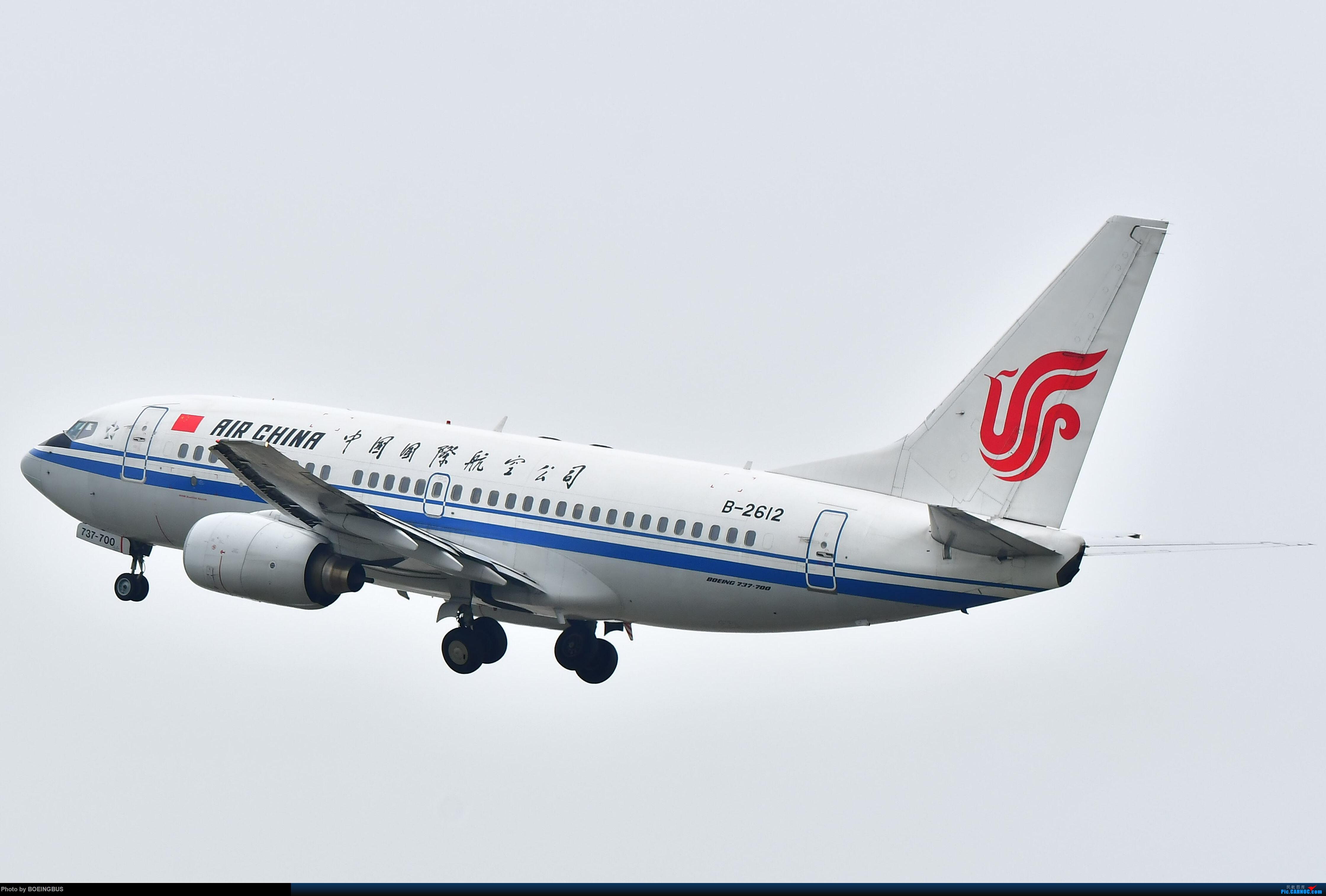无小翼737 BOEING 737-700 B-2612 中国广州白云国际机场