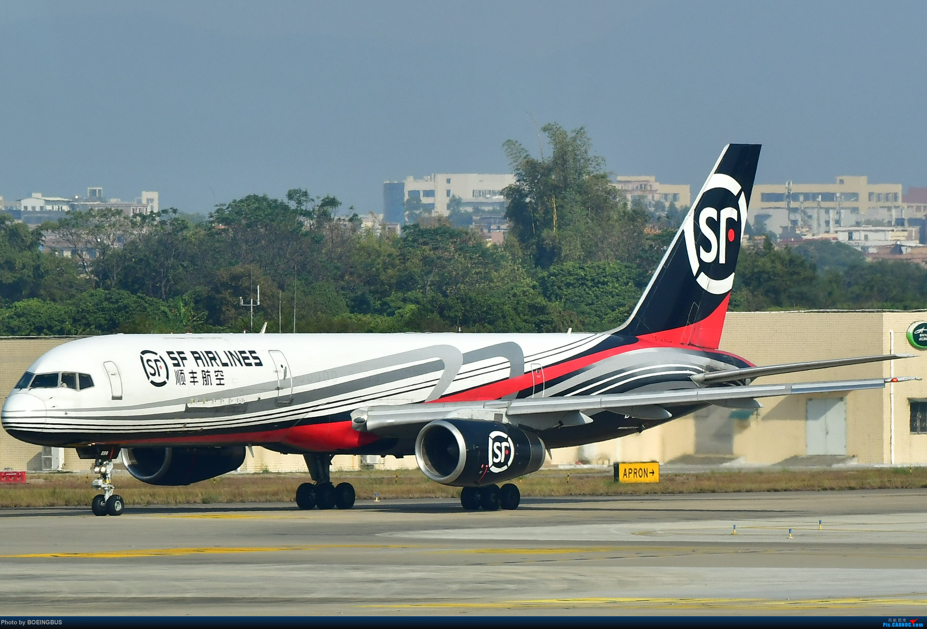 Re:[原创]一批拙作,祝CARNOC的飞友们鼠年大吉! BOEING 757-200 B-2899 中国广州白云国际机场