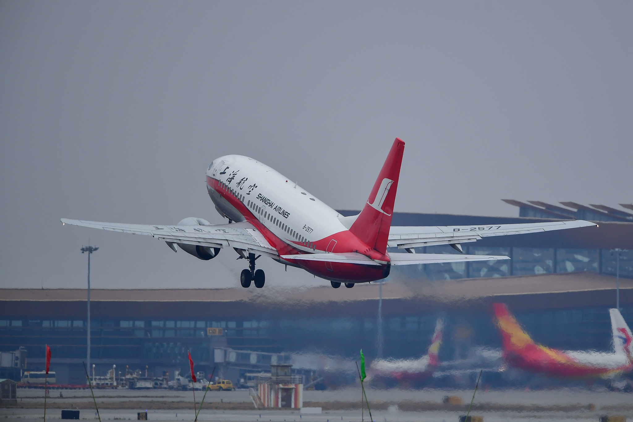 Re:[原创]KMG 庚子年初四再赴长水之约 都是似曾相识 都是熟悉的味道 BOEING 737-700 B-2577 中国昆明长水国际机场