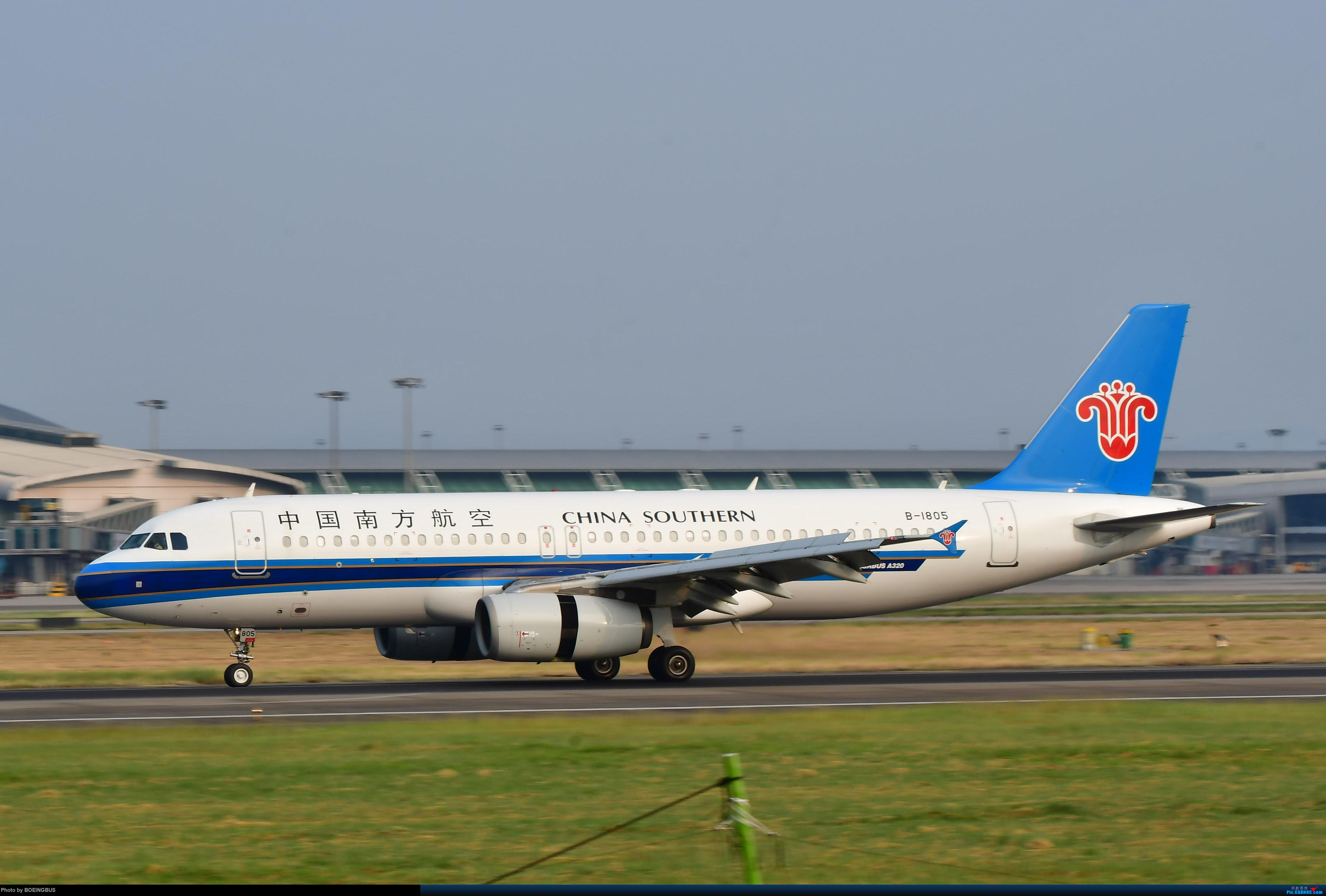 Re:[原创]祝各位飞友新年快乐! AIRBUS A320-200 B-1805 中国广州白云国际机场