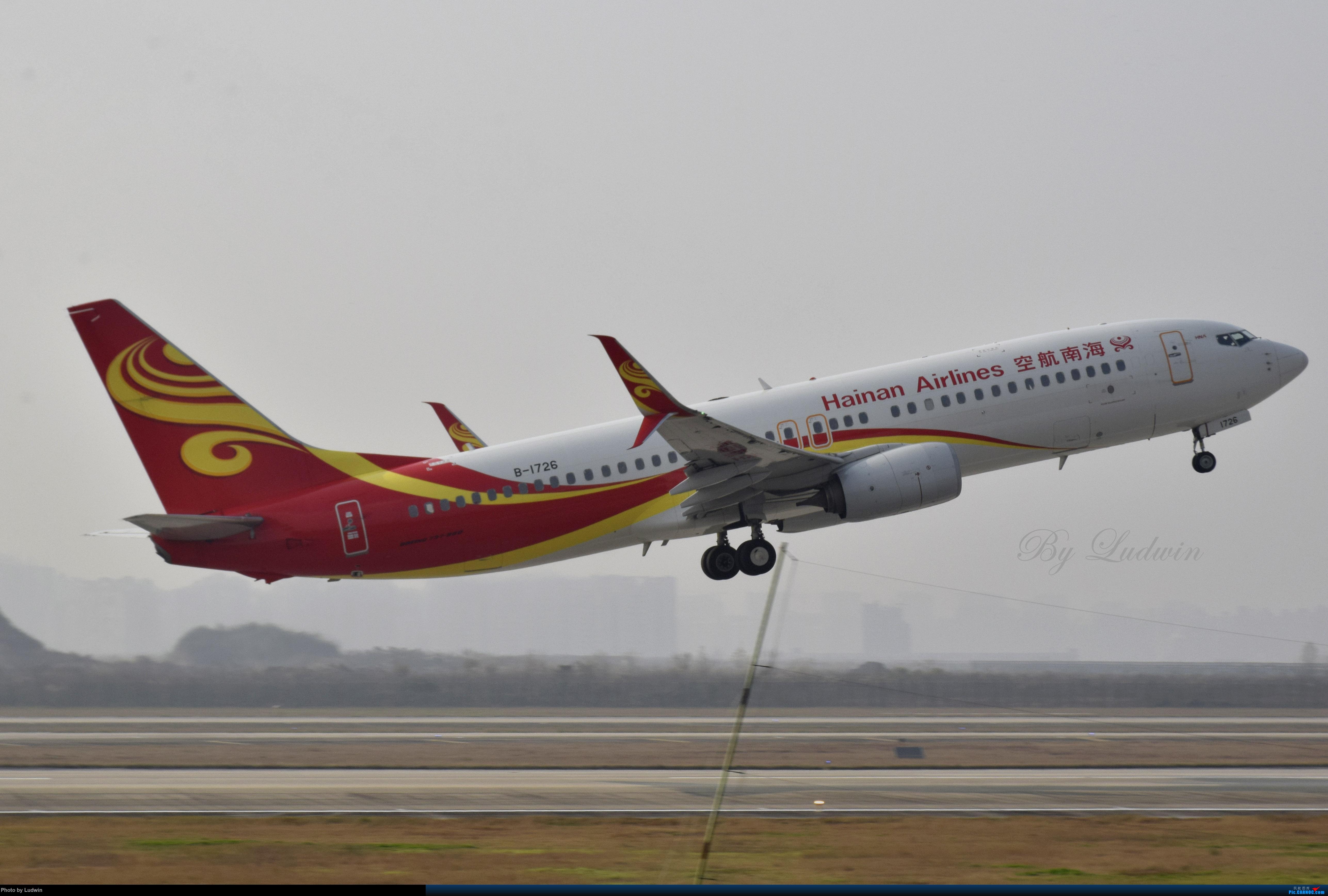 [原创]小翼分叉了 BOEING 737-800 B-1726 中国重庆江北国际机场