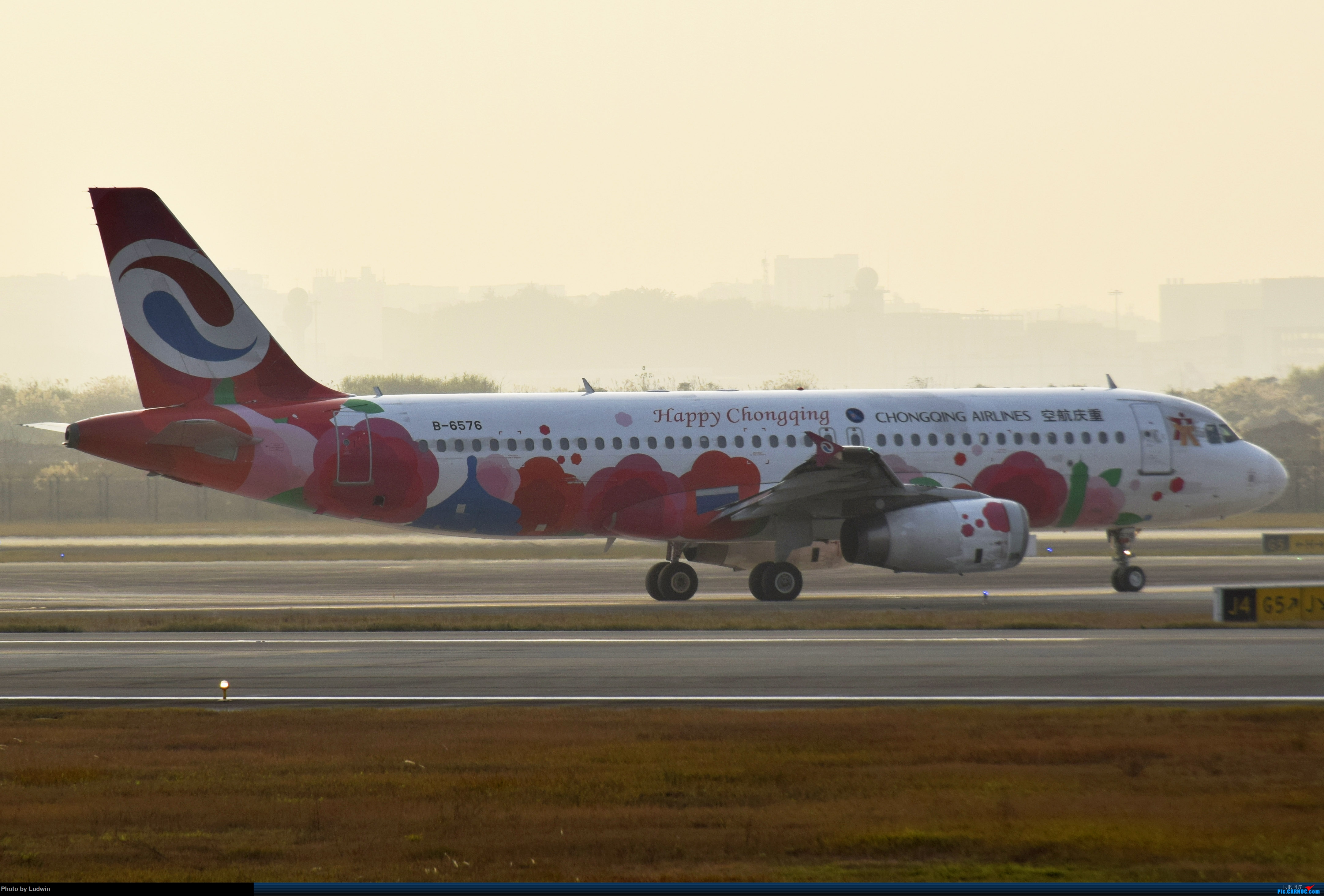 Re:[原创]【新人首发】重庆江北的下午 AIRBUS A320-200 B-6576 中国重庆江北国际机场