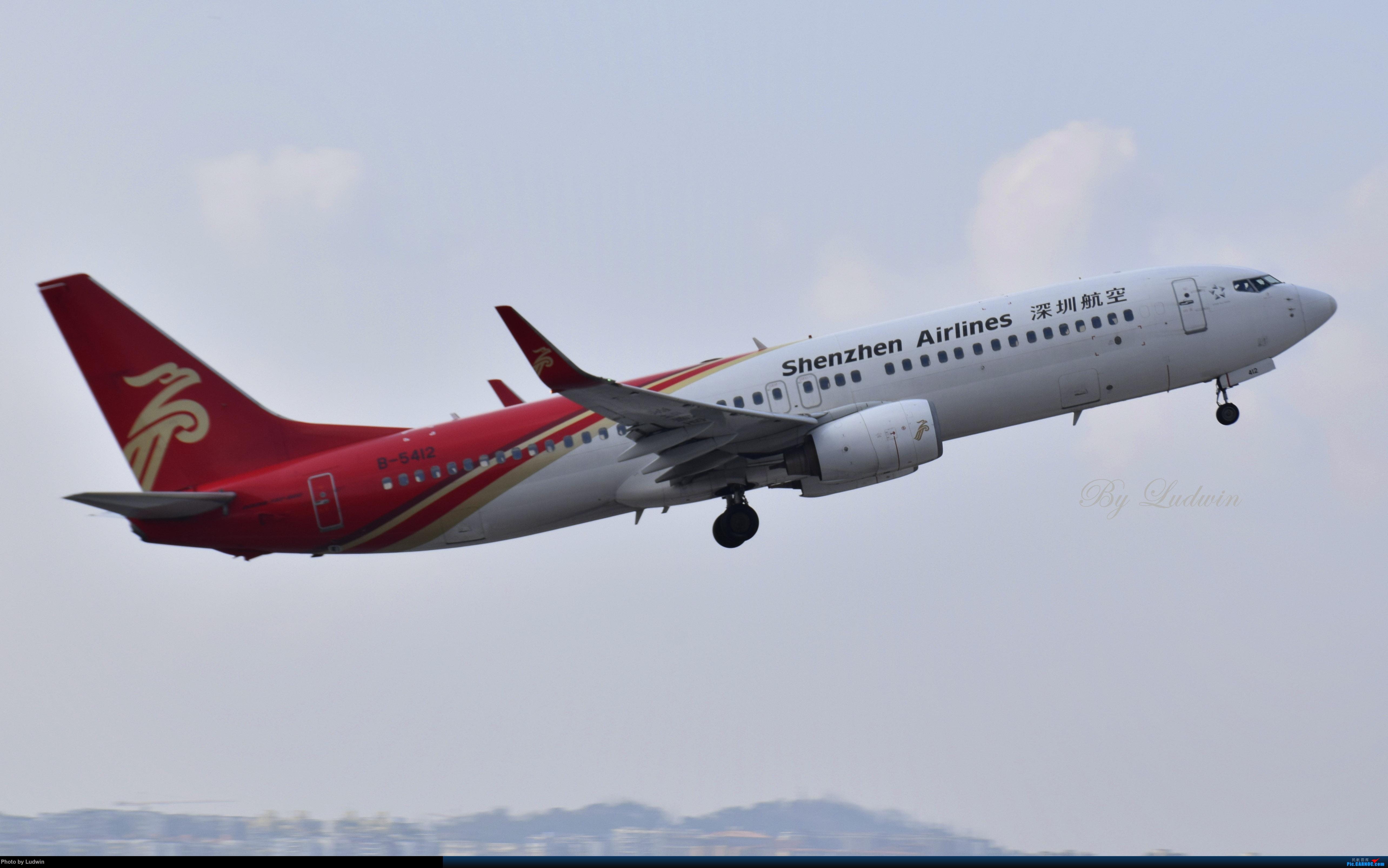 Re:[原创]【新人首发】重庆江北的下午 BOEING 737-800 B-5412 中国重庆江北国际机场