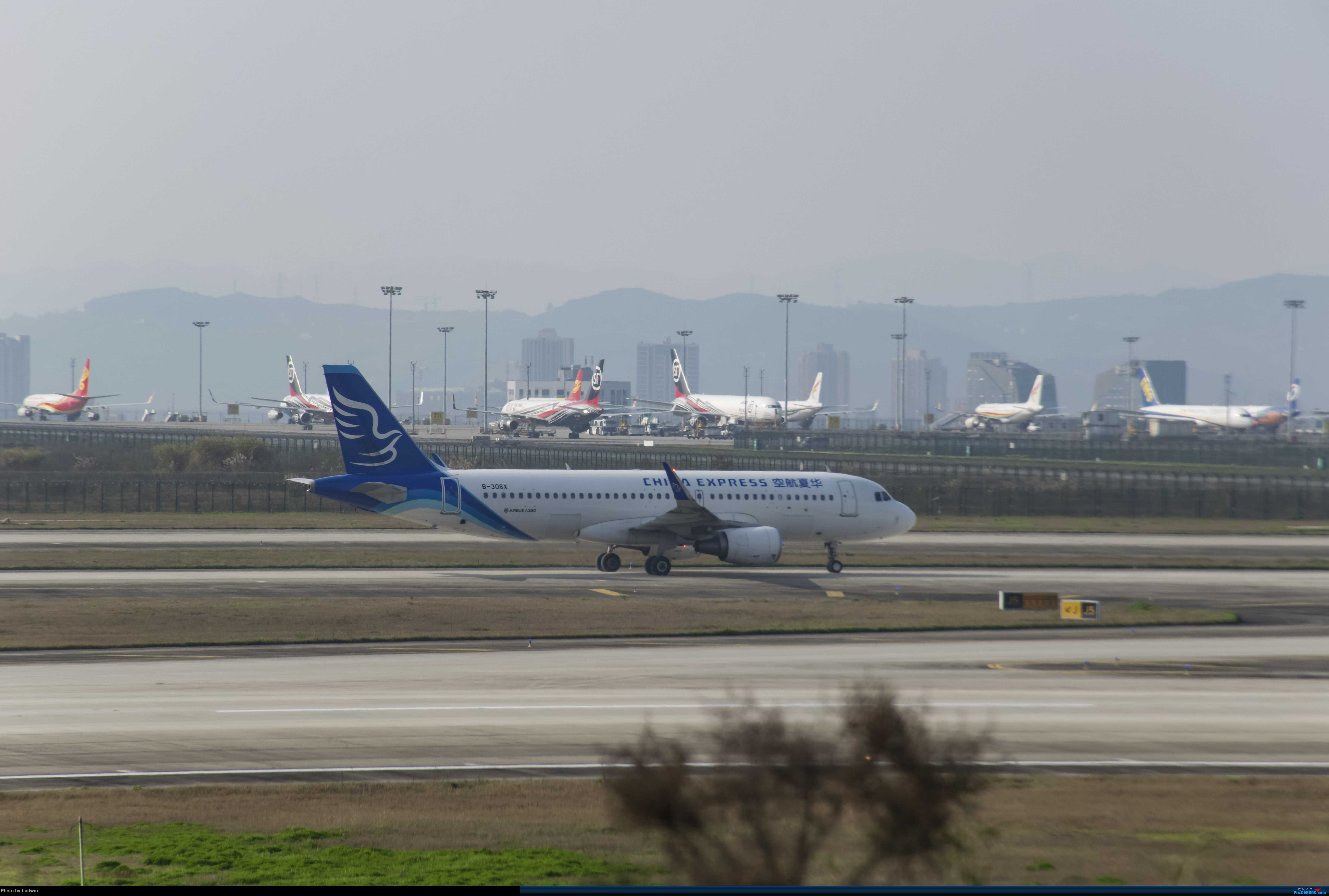 Re:[原创]疫情影响下的ZUCK AIRBUS A320-200 B-306X 中国重庆江北国际机场