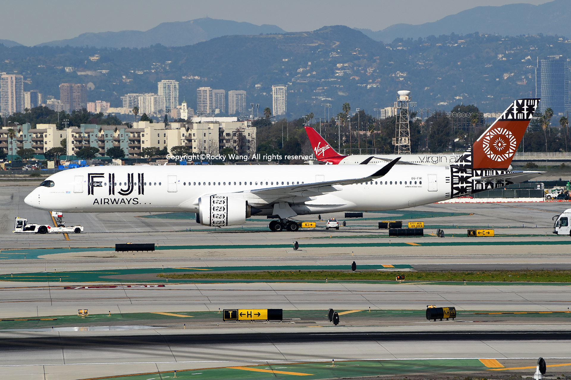 Re:[原创]随便来一组 不凑30图了 AIRBUS A350-941 DQ-FAI Los Angeles Int'l Airport