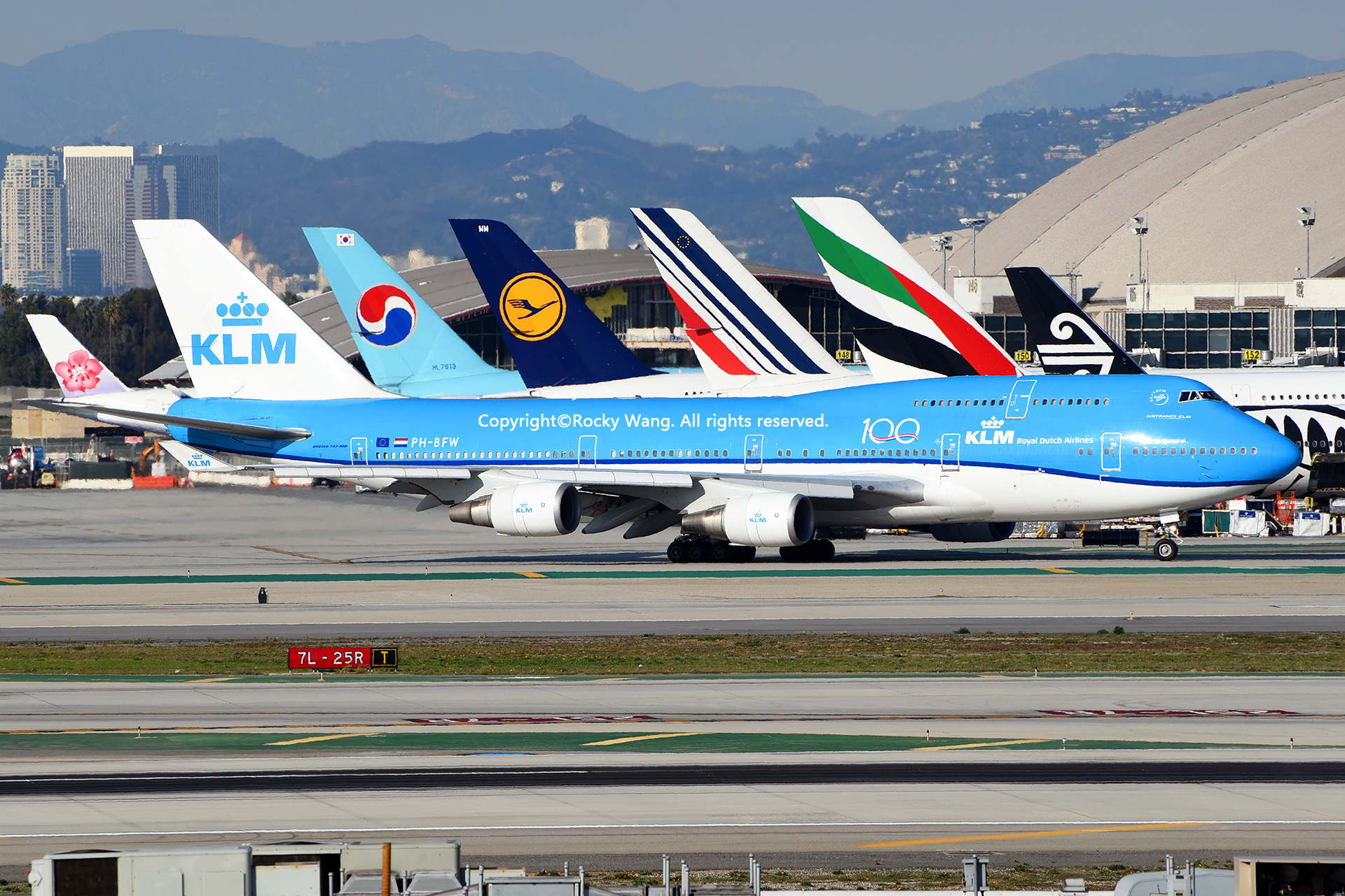 Re:[原创]随便来一组 不凑30图了 BOEING 747-406(M) PH-BFW Los Angeles Int'l Airport