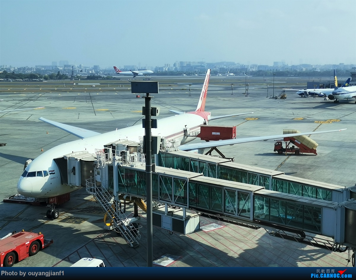Re:[原创]终于有时间歇下来了,可以好好总结一下2019年的飞机游记了,第二段,在Jet Airways停航的当天造访印度,附带AIR INDIA之初体验! BOEING 777-300ER VT-ALT 印度孟买贾特拉帕蒂·希瓦吉国际机场