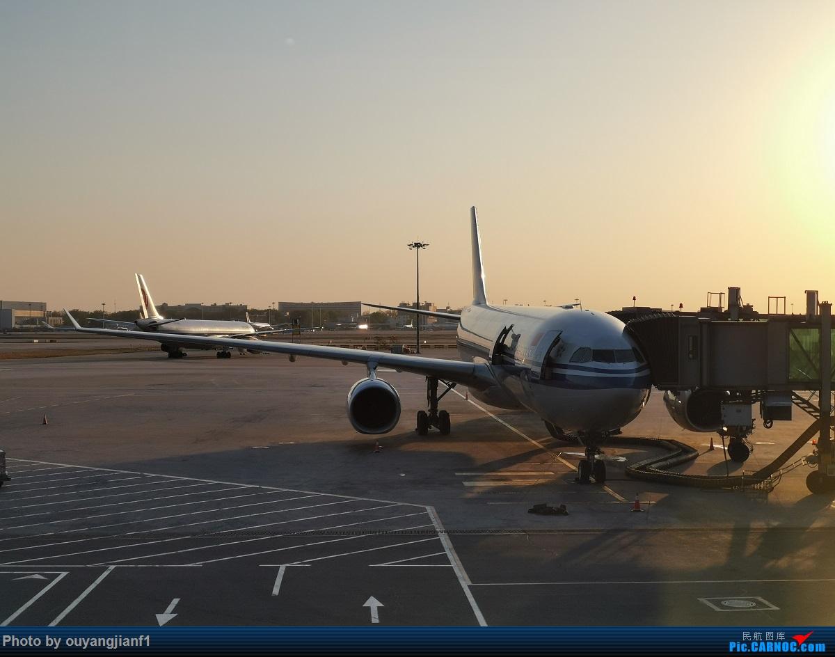 Re:[原创]终于有时间歇下来了,可以好好总结一下2019年的飞机游记了,第二段,在Jet Airways停航的当天造访印度,附带AIR INDIA之初体验! AIRBUS A330-300 B-5913 中国北京首都国际机场