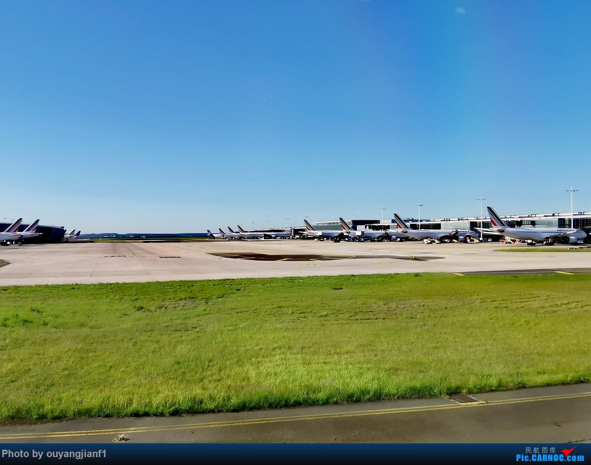 Re:[原创]终于有时间歇下来,可以好好总结一下2019年的飞机游记了,第三段,在新加坡参观星耀樟宜,在非洲穿行毛里求斯,在欧洲俯瞰大巴黎,第一次体验毛航359之旅1    法国戴高乐机场