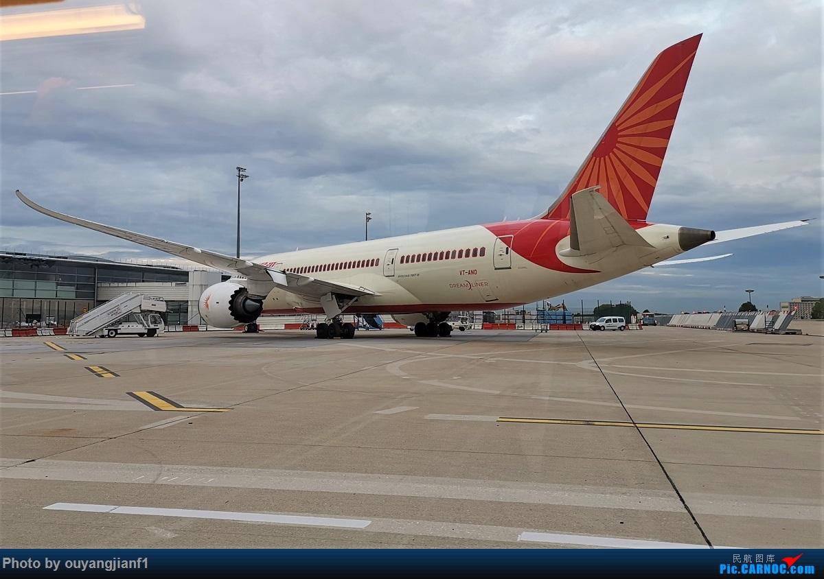 Re:[原创]终于有时间歇下来,可以总结一下2019年飞机游记了,第四段,十七天八国十一飞,跨越欧洲、非洲大陆,偶遇塞尔维亚篮球队,探秘古埃及!解锁塞尔维亚航、爱琴海、埃及航 BOEING 787-8 VT-ANO 法国戴高乐机场