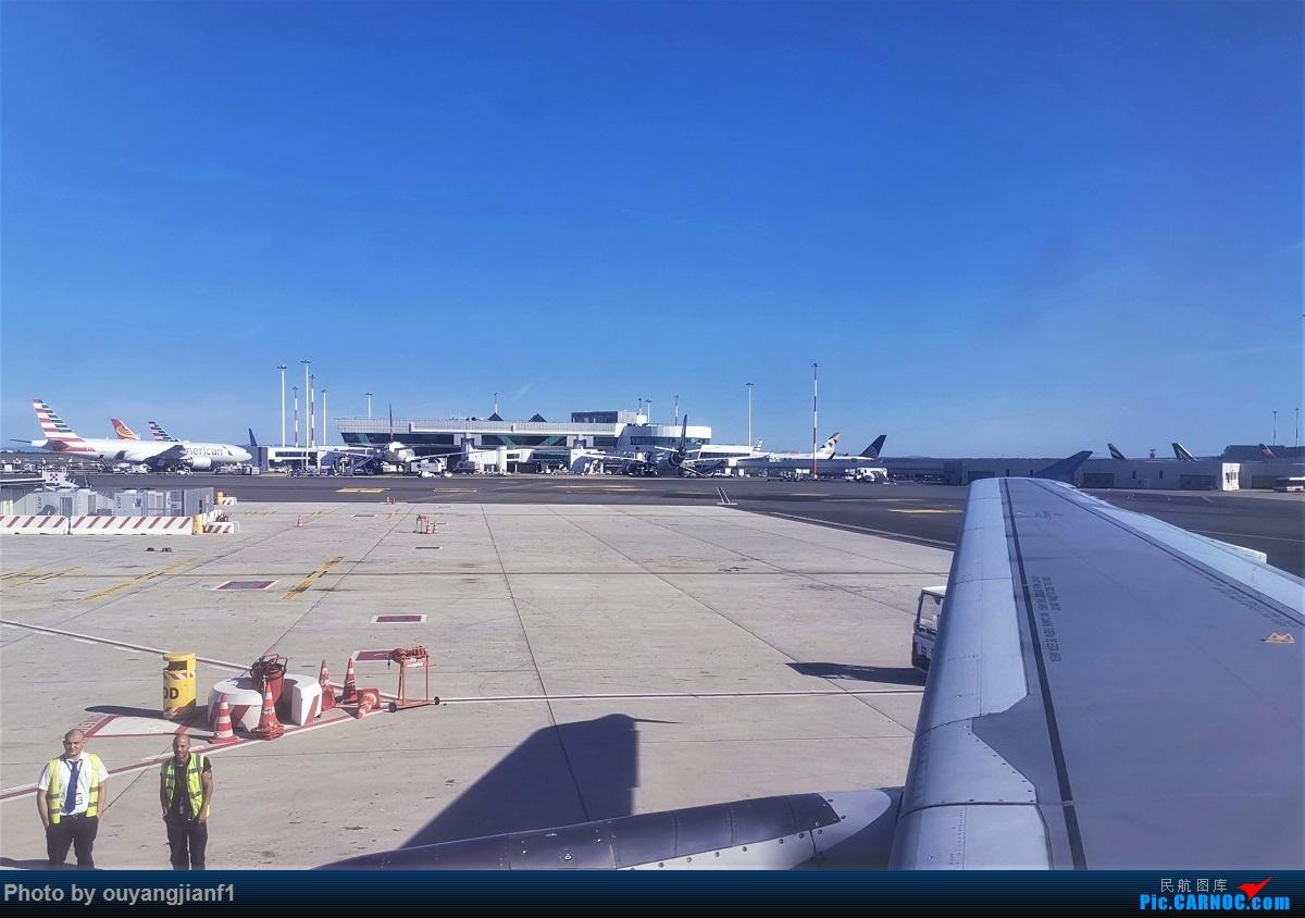 Re:终于有时间歇下来,可以总结一下2019年飞机游记了,第四段,十七天八国十一飞,跨越欧洲、非洲大陆,偶遇塞尔维亚篮球队,探秘古埃及!解锁塞尔维亚航、爱琴海、埃及航 AIRBUS A319-100 YU-API 意大利菲乌米奇诺机场