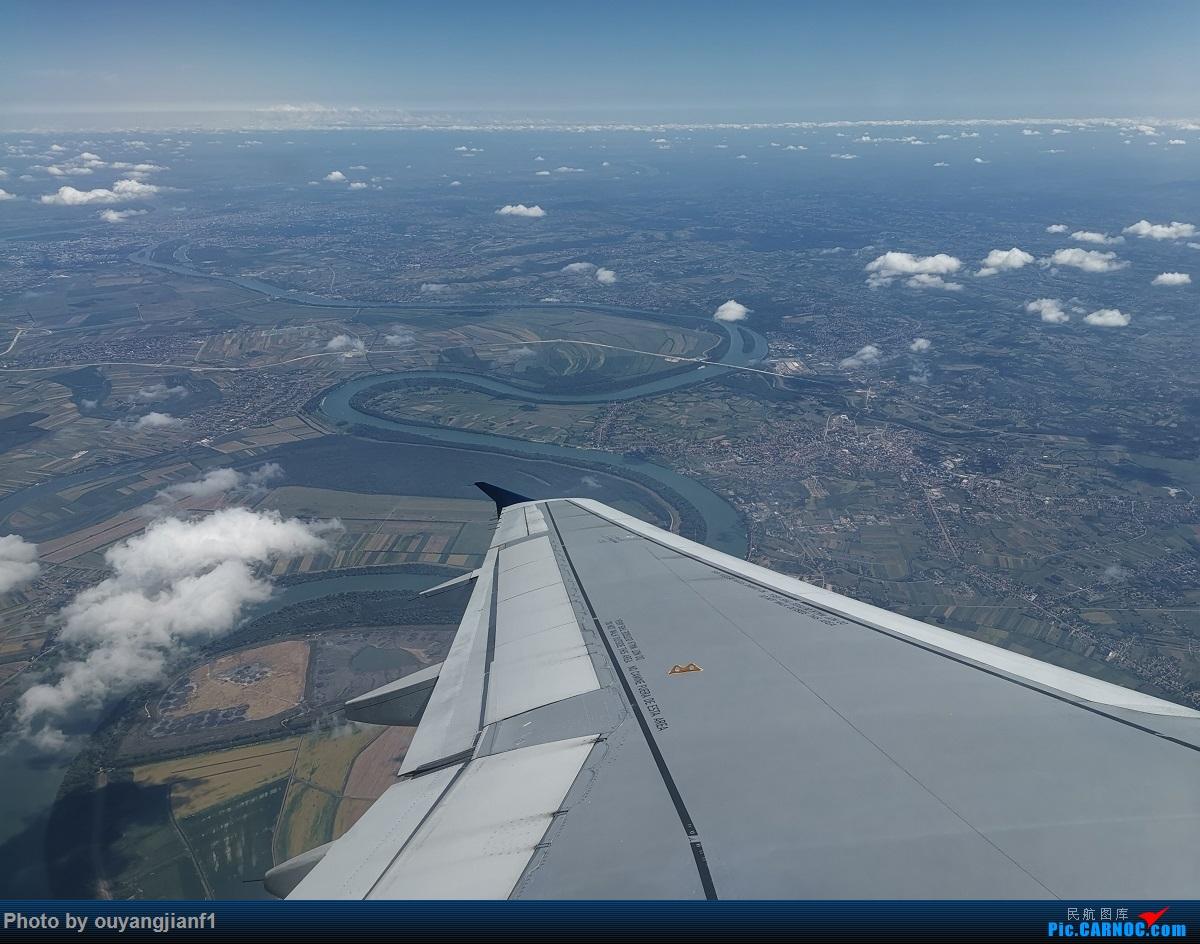 Re:[原创]终于有时间歇下来,可以总结一下2019年飞机游记了,第四段,十七天八国十一飞,跨越欧洲、非洲大陆,偶遇塞尔维亚篮球队,探秘古埃及!解锁塞尔维亚航、爱琴海、埃及航 AIRBUS A319-100  塞尔维亚共和国贝尔格莱德尼古拉·特斯拉机场