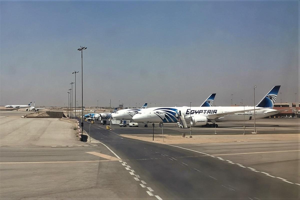Re:[原创]终于有时间歇下来,可以总结一下2019年飞机游记了,第四段,十七天八国十一飞,跨越欧洲、非洲大陆,偶遇塞尔维亚篮球队,探秘古埃及!解锁塞尔维亚航、爱琴海、埃及航 BOEING 737-800 SU-GCR 埃及卢克索机场 埃及开罗国际机场