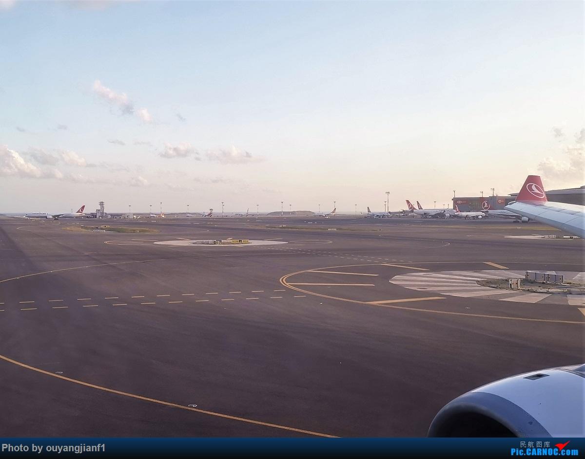 Re:[原创]终于有时间歇下来,可以总结一下2019年飞机游记了,第五段,最疯狂的飞行,十二天内十二飞,五万公里穿越亚、欧、美,去往地球另一端拉美世界的第二次环球飞行! BOEING 777-300ER TC-JJR 伊斯坦布尔新国际机场 土耳其伊斯坦布尔阿塔图尔克机场