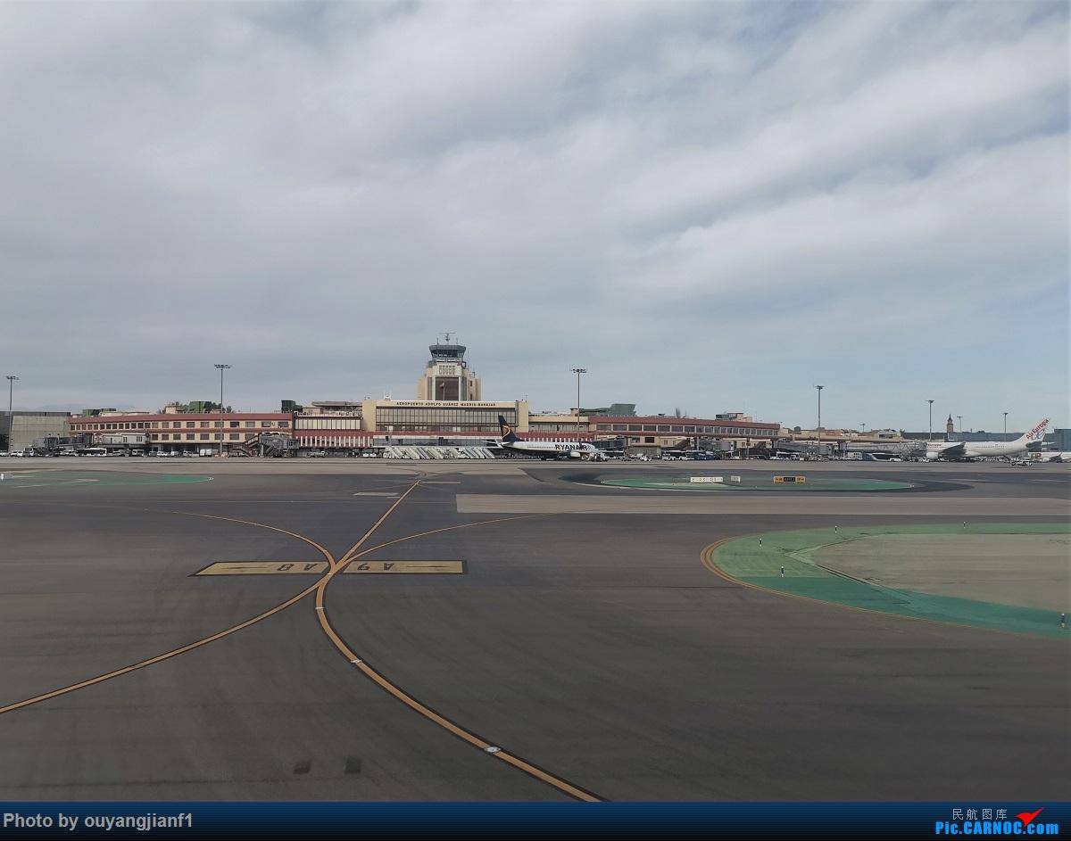 Re:[原创]终于有时间歇下来,可以总结一下2019年飞机游记了,第五段,最疯狂的飞行,十二天内十二飞,五万公里穿越亚、欧、美,去往地球另一端拉美世界的第二次环球飞行! BOEING 787-9 A6-BLQ 西班牙马德里机场 西班牙马德里机场