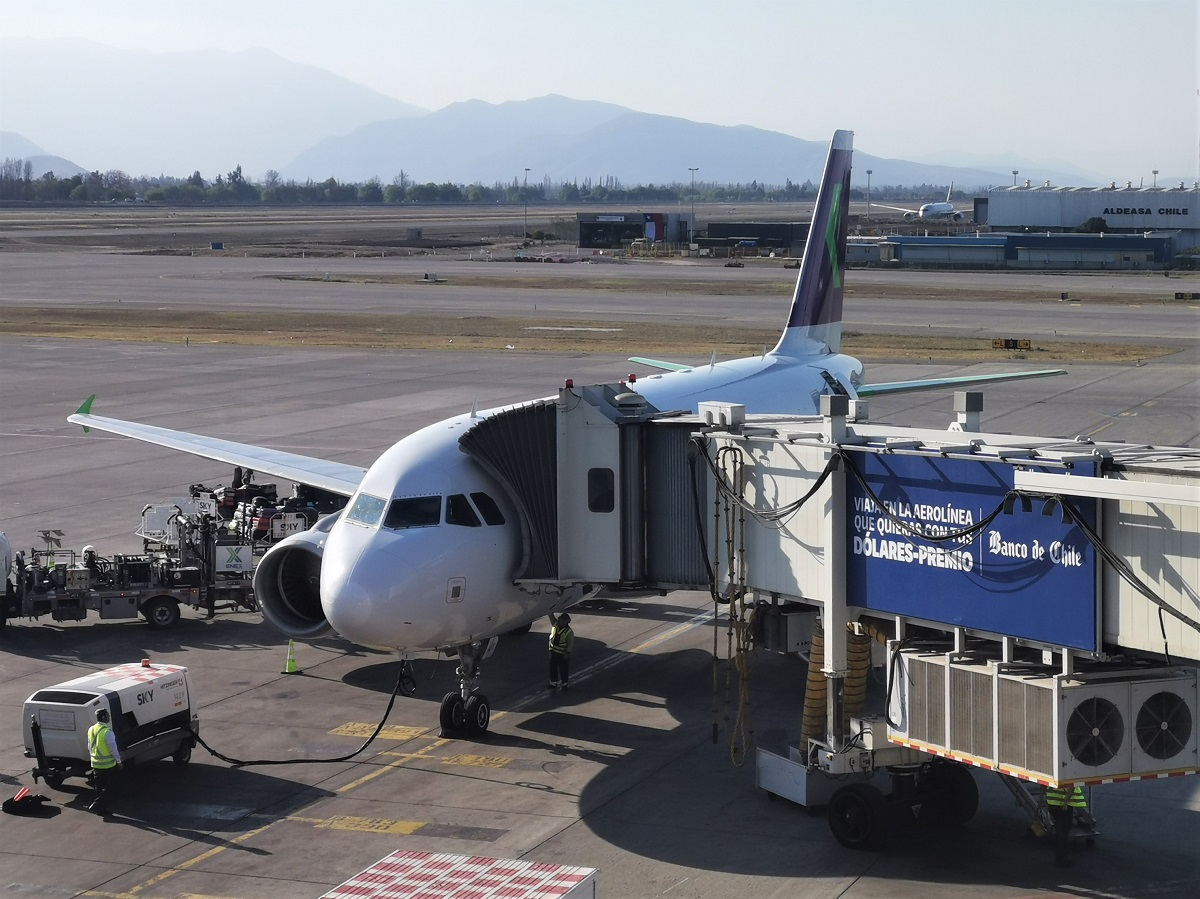 Re:[原创]终于有时间歇下来,可以总结一下2019年飞机游记了,第五段,最疯狂的飞行,十二天内十二飞,五万公里穿越亚、欧、美,去往地球另一端拉美世界的第二次环球飞行! AIRBUS A320-200 CC-ABW 智利圣地亚哥机场