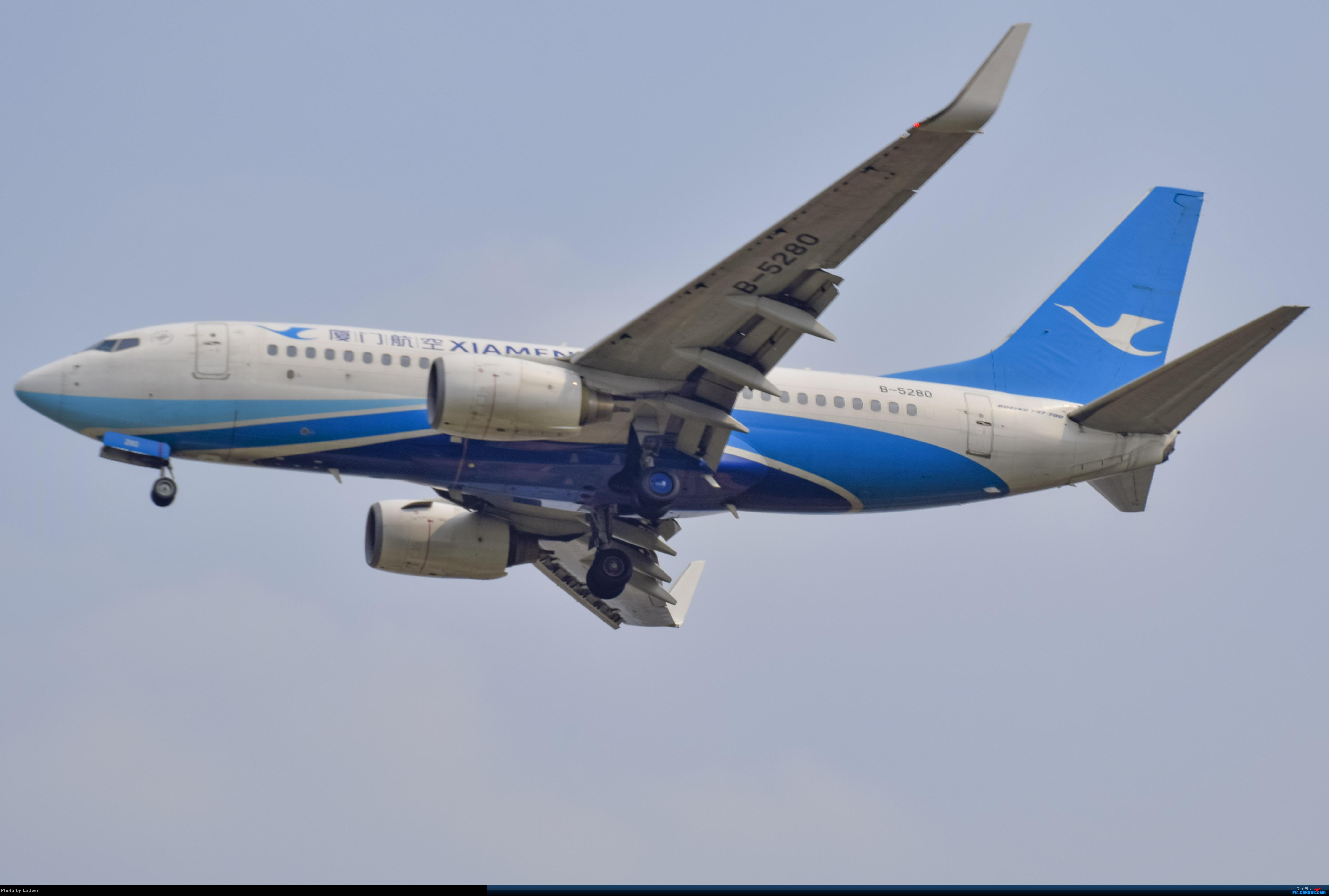 Re:[原创]没有地景系列 BOEING 737-700 B-5280 中国重庆江北国际机场