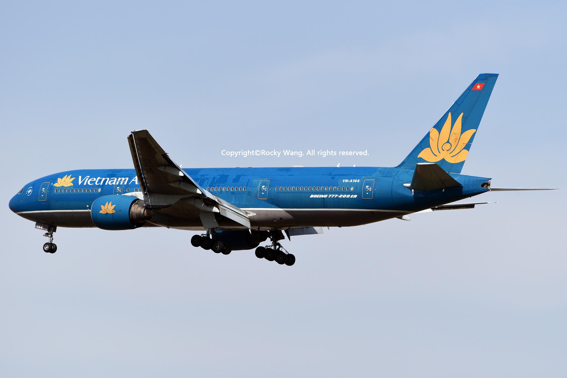 Re:[原创]居家了 批量处理老图 倾情奉献52家777 BOEING 777-26K(ER) VN-A144 Shanghai Pudong