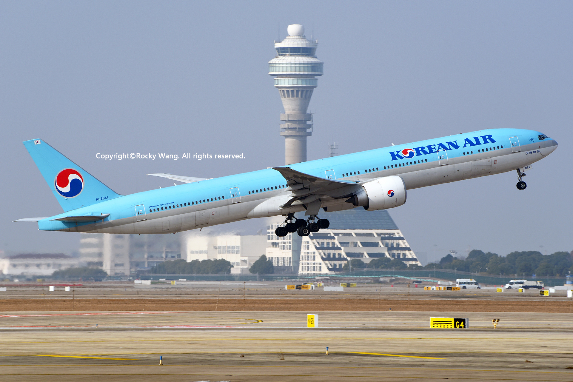 Re:[原创]居家了 批量处理老图 倾情奉献52家777 BOEING 777-3B5ER HL8041 Shanghai Pudong