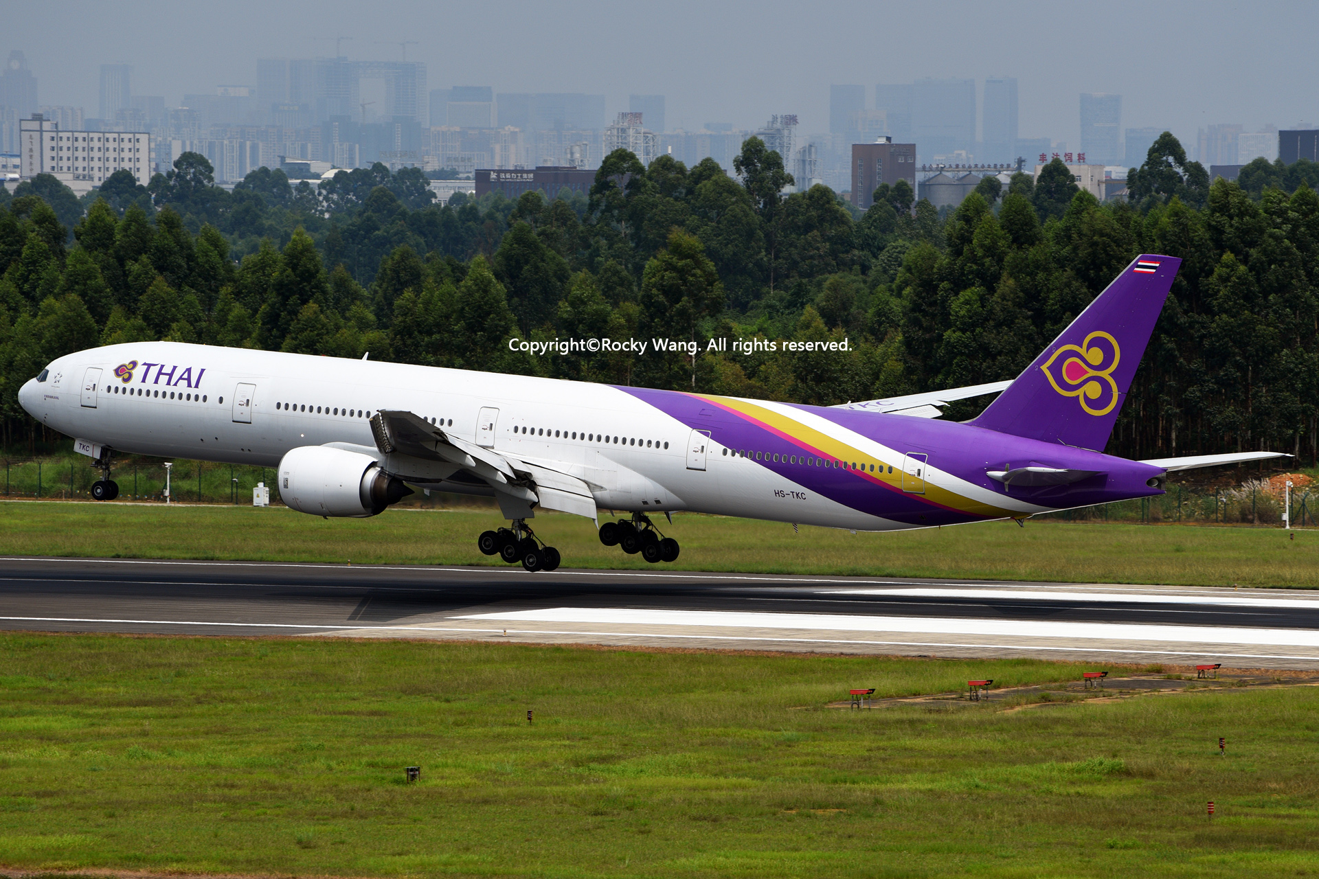 Re:[原创]居家了 批量处理老图 倾情奉献52家777 BOEING 777-3D7 HS-TKC Chengdu Shuangliu