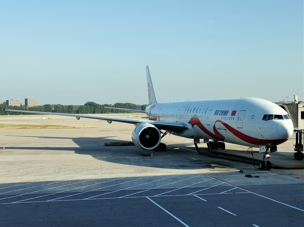 Re:[原创]终于有时间歇下来,可以好好总结一下2019年飞行游记了,第五段:一周之内的中东非洲之行,体验真土豪科威特航空,奇葩航沙特航空,动荡之下造访埃塞俄比亚航空总部! BOEING 777-300ER B-2006 中国北京首都国际机场