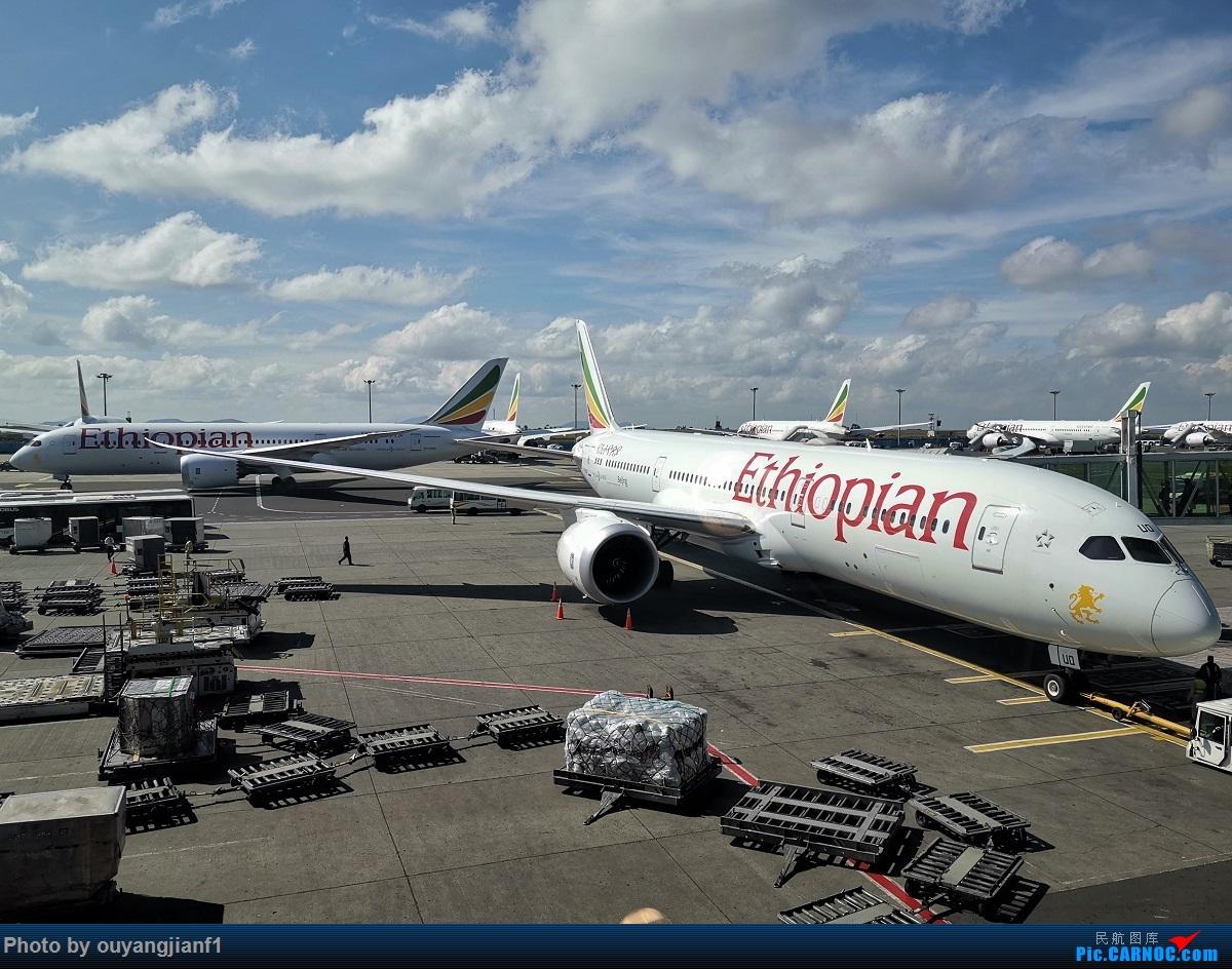 Re:[原创]终于有时间歇下来,可以好好总结一下2019年飞行游记了,第五段:一周之内的中东非洲之行,体验真土豪科威特航空,奇葩航沙特航空,动荡之下造访埃塞俄比亚航空总部! BOEING 787-9 ET-AUO 埃塞俄比亚亚的斯亚贝巴博莱机场