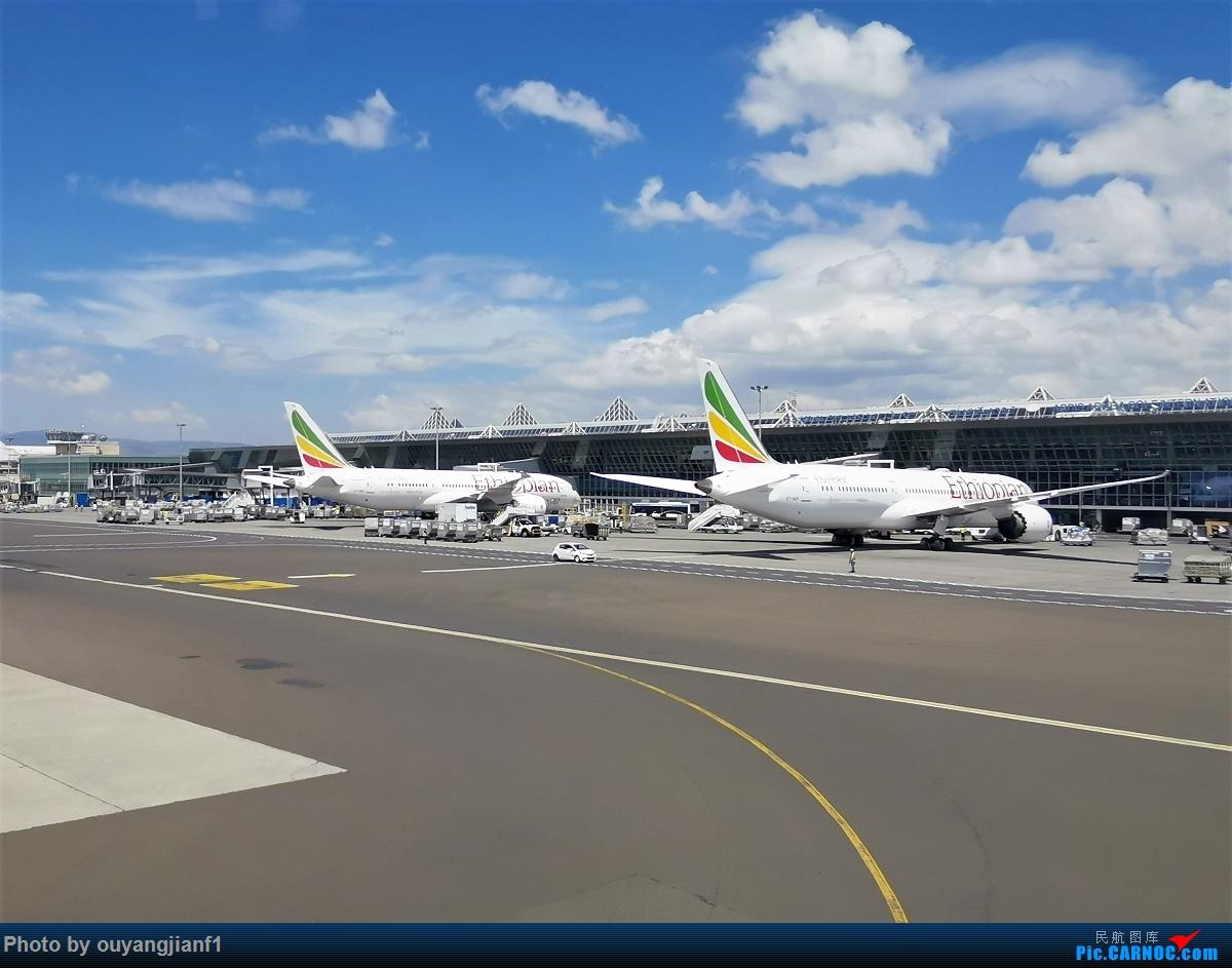 Re:[原创]终于有时间歇下来,可以好好总结一下2019年飞行游记了,第五段:一周之内的中东非洲之行,体验真土豪科威特航空,奇葩航沙特航空,动荡之下造访埃塞俄比亚航空总部! BOEING 777-300ER ET-ASL 埃塞俄比亚亚的斯亚贝巴博莱机场 埃塞俄比亚亚的斯亚贝巴博莱机场