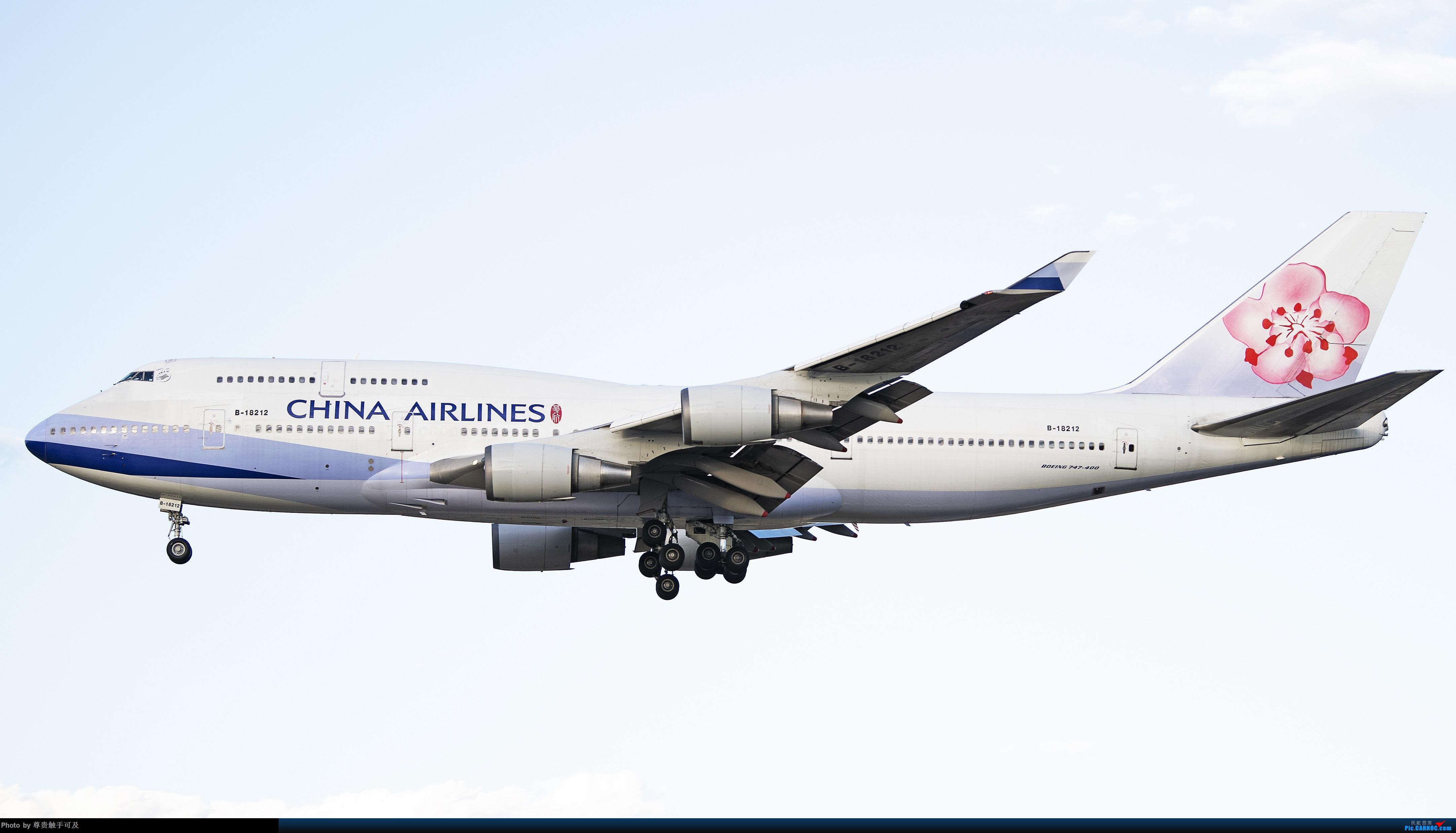 Re:继380后,再晒晒747,都是大家伙! 哈.... BOEING 747-400 B-18212 T3