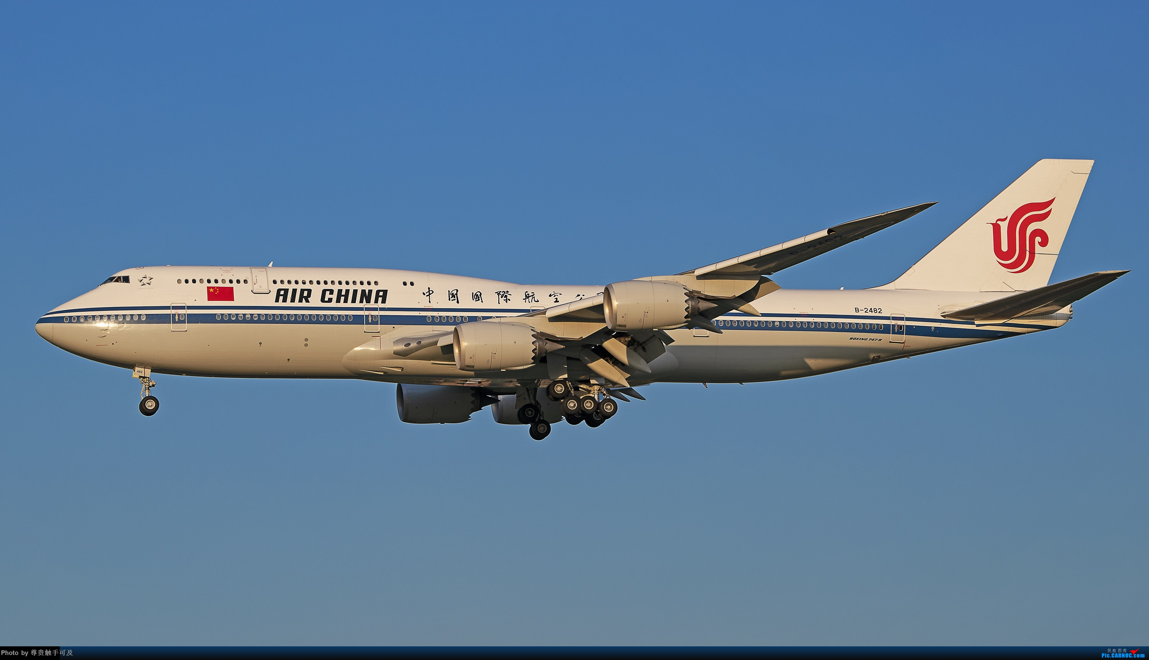 Re:继380后,再晒晒747,都是大家伙! 哈.... BOEING 747-8I B-2482