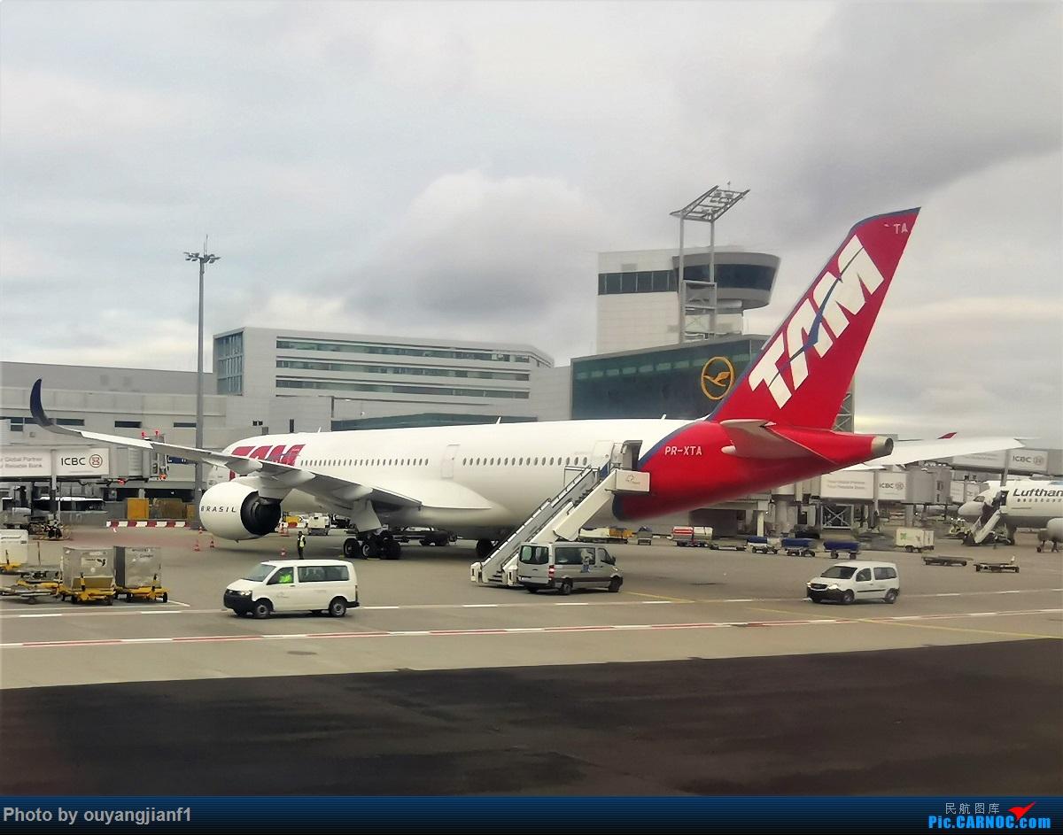 Re:[原创]2020年第一飞,赶在疫情全球蔓延前出去转一圈,看看冰封之下的贝加尔湖,会会老朋友法兰克福,跨过夕阳下的英吉利,感受爱尔兰的擎天柱,在PEK见证疫情之下的停机场 AIRBUS A350-900 PR-XTA 德国法兰克福机场