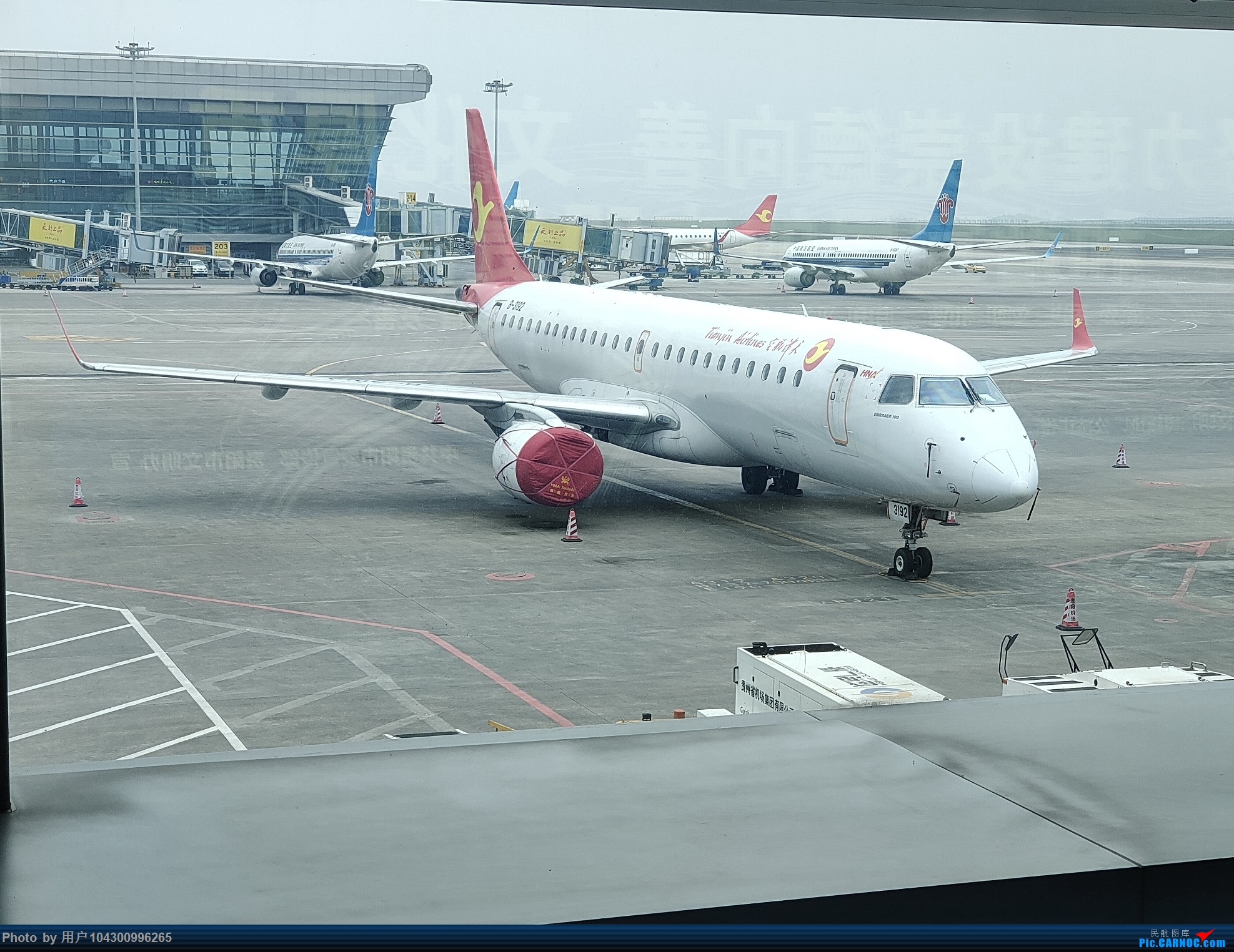 Re:[原创]DM游记之GY贵阳-成都往返(参观空港花田) EMBRAER E-190 B-3192 中国贵阳龙洞堡国际机场
