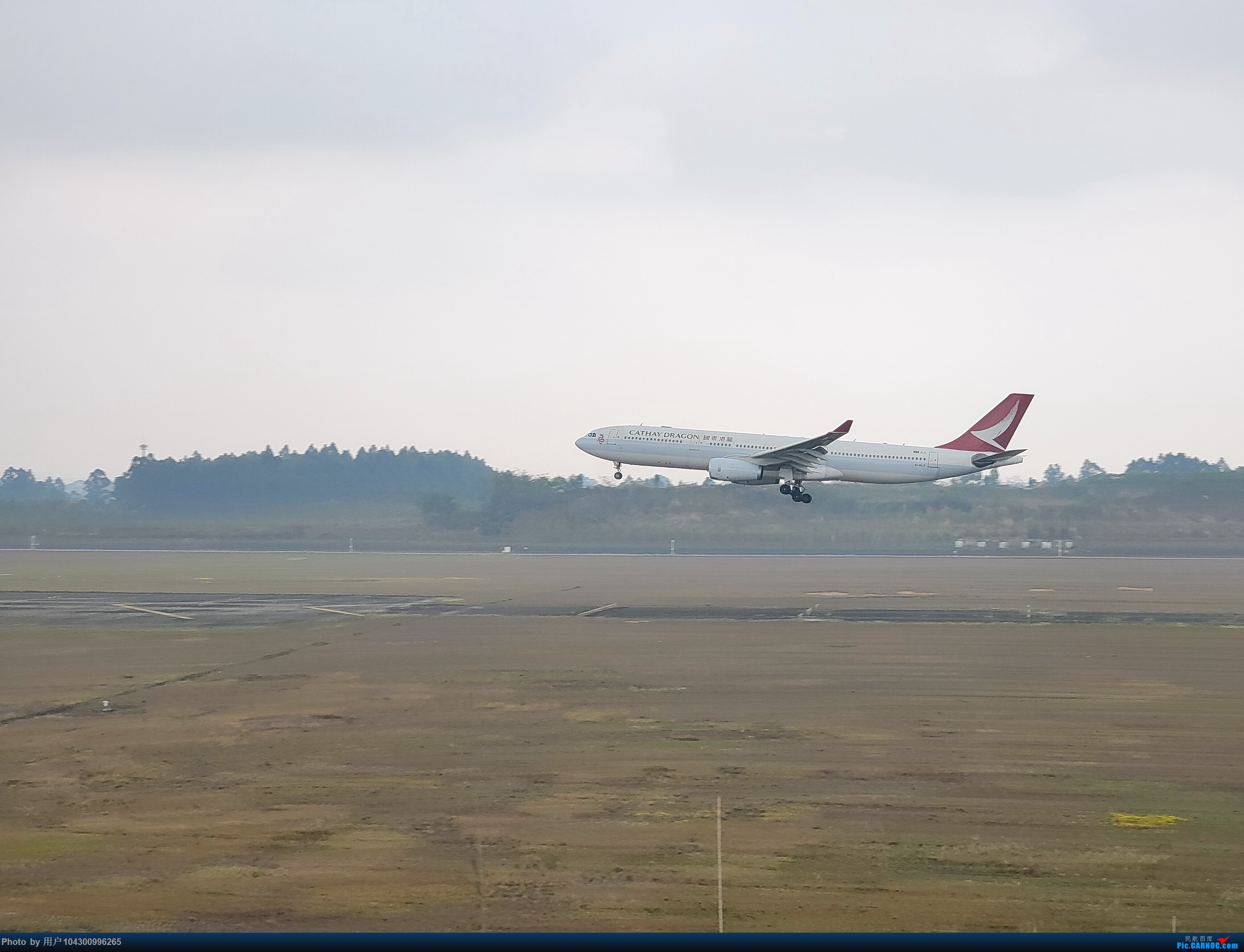 Re:[原创]DM游记之GY贵阳-成都往返(参观空港花田) AIRBUS A330 B-HLT 中国成都双流国际机场