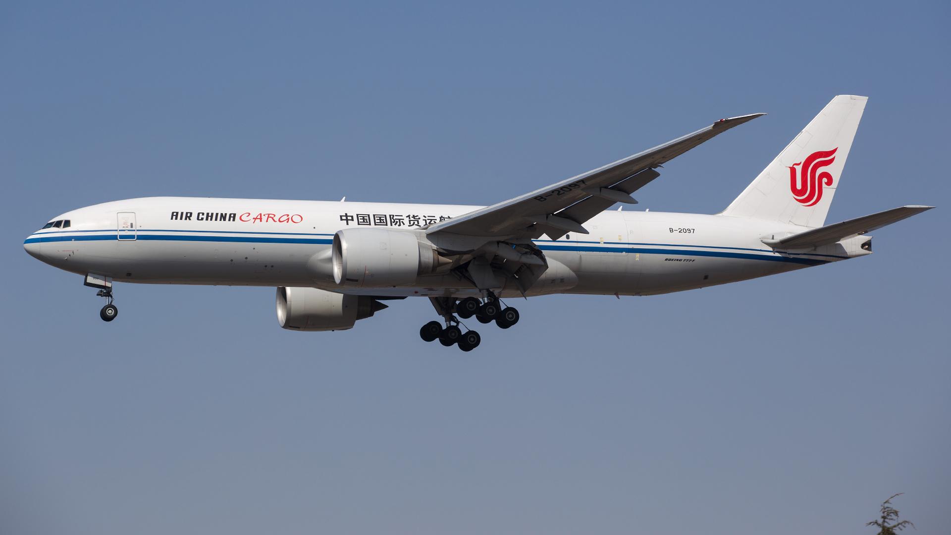Re:[原创].....【DLC】.... BOEING 777F B-2097 中国大连国际机场