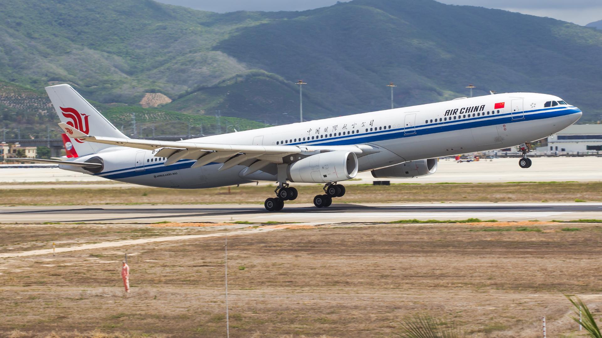 Re:[原创]。。。[SYX]北纬18°的三亚日记。。。(二) AIRBUS A330-300 B-5919 中国三亚凤凰国际机场