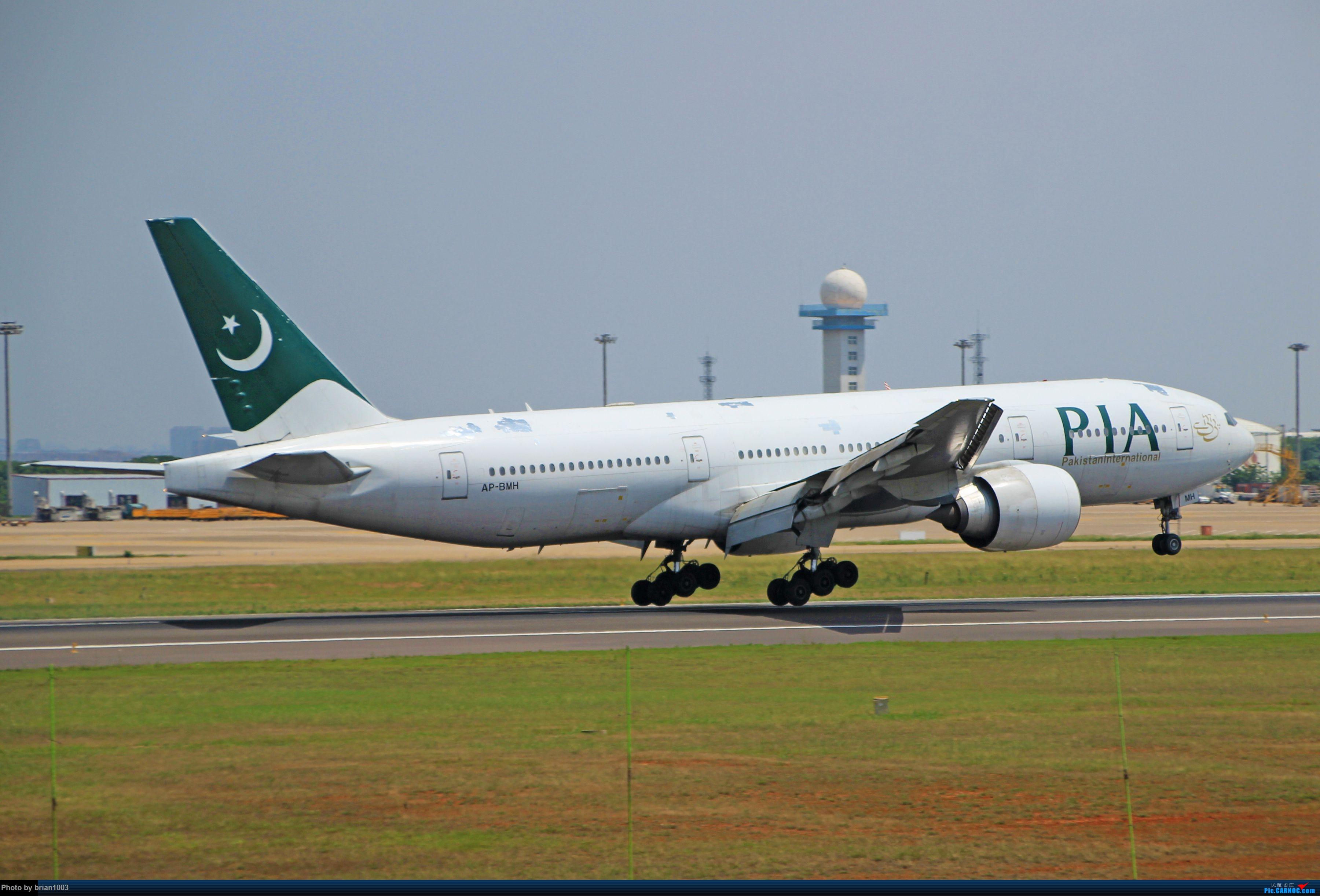 Re:[原创]WUH天河机场拍机之六月还有啥(X7家744F、天津航空333) BOEING 777-200ER AP-BMH 中国武汉天河国际机场