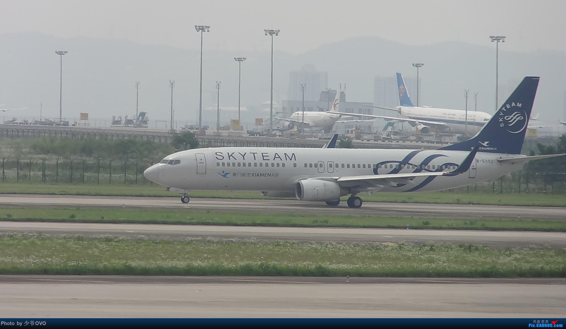 Re:[原创]CKG重庆江北机场拍机,国航744,B-2447,和一群大佬拍机 BOEING 737-800 B-5302 中国重庆江北国际机场
