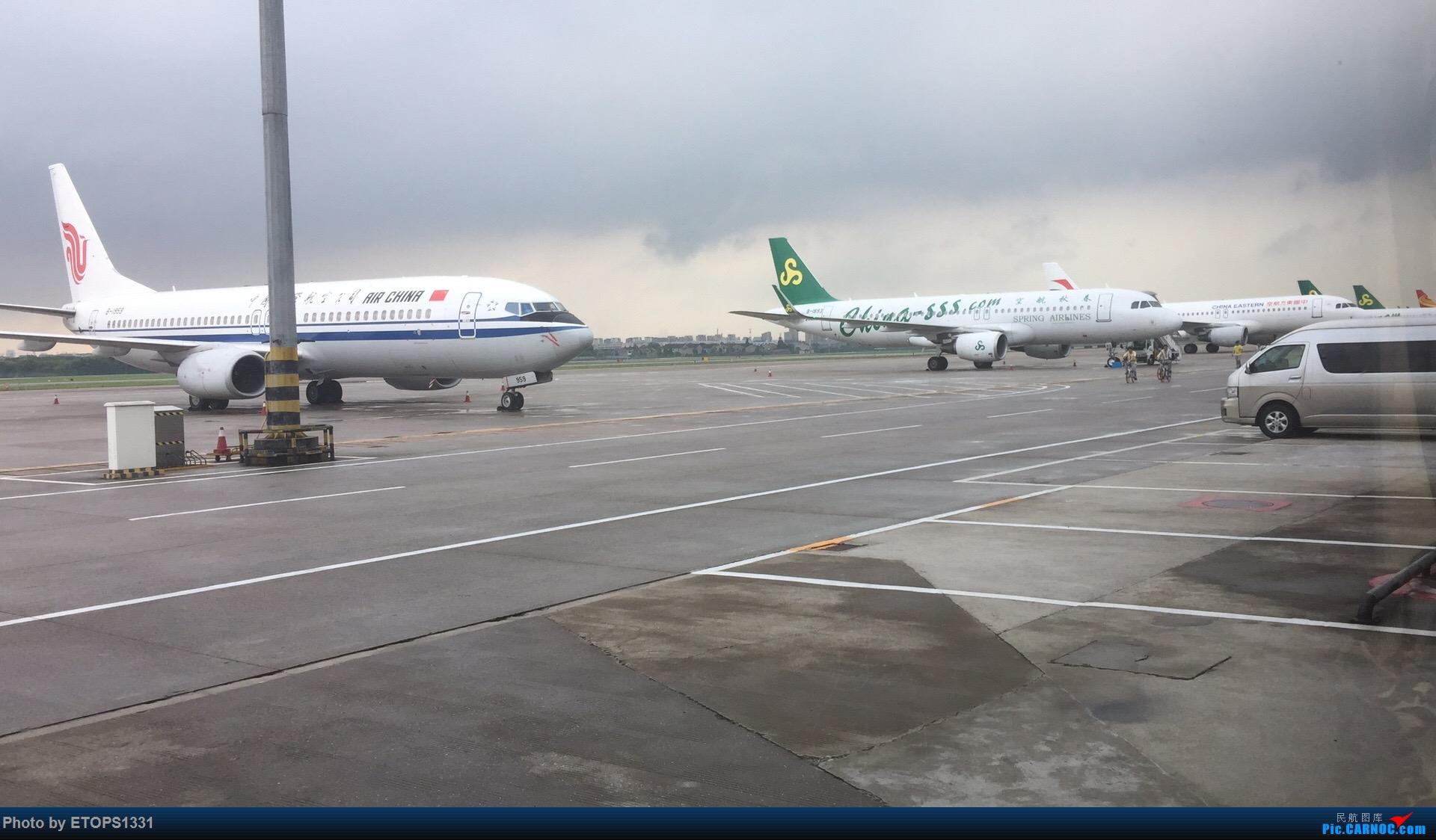 [原创]NGB远机位一景    中国宁波栎社国际机场