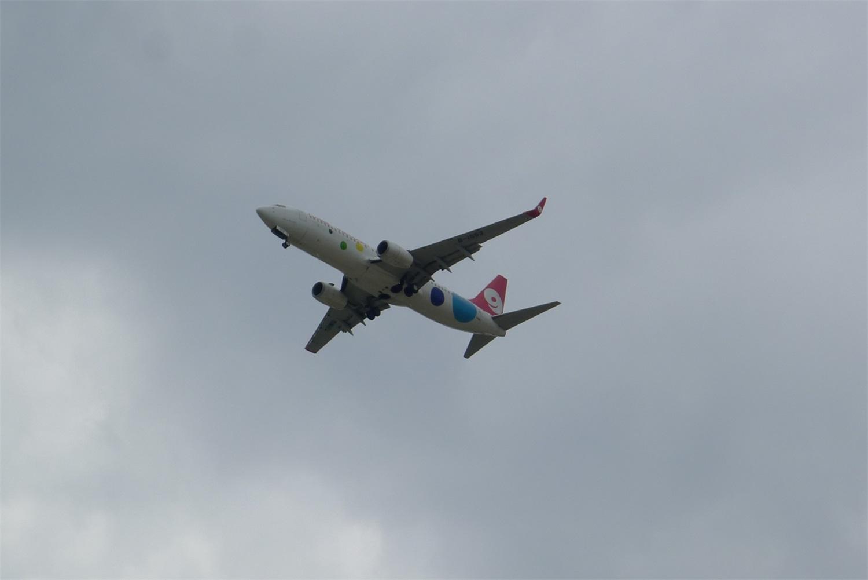 [原创]父亲节拍机,想给自己一个惊喜,命比纸薄 BOEING 737-800 B-1553 航线下