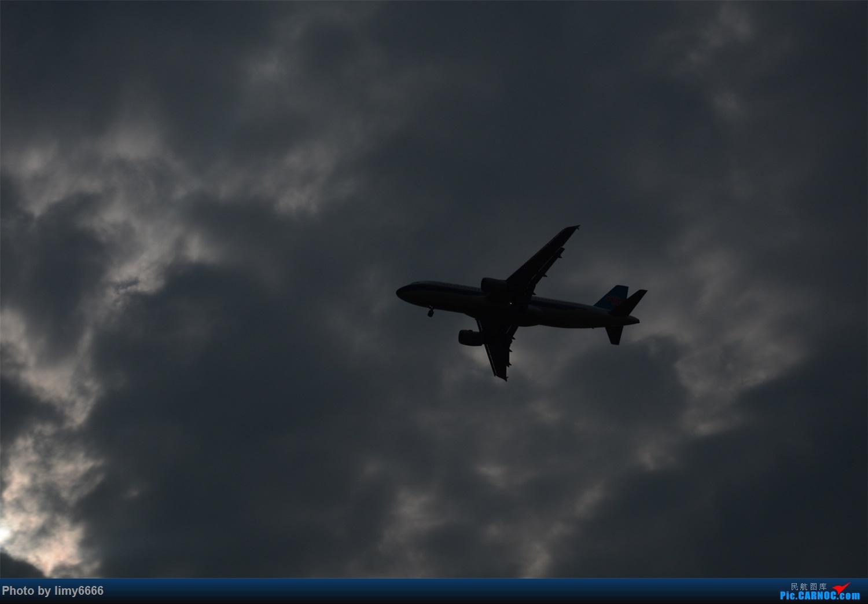 Re:[原创]父亲节拍机,想给自己一个惊喜,命比纸薄 BOEING 737-800