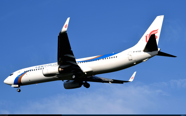 [原创]济南遥墙机场拍机杂图。 BOEING 737 B-5729 中国济南遥墙国际机场