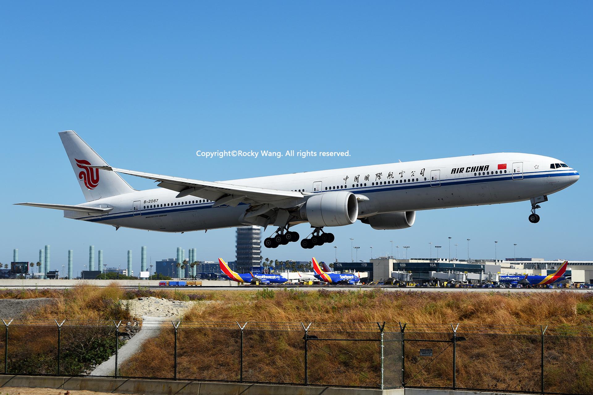 Re:[原创]LAX-暖冬与残夏 BOEING 777-39LER B-2087 Los Angeles Int'l Airport