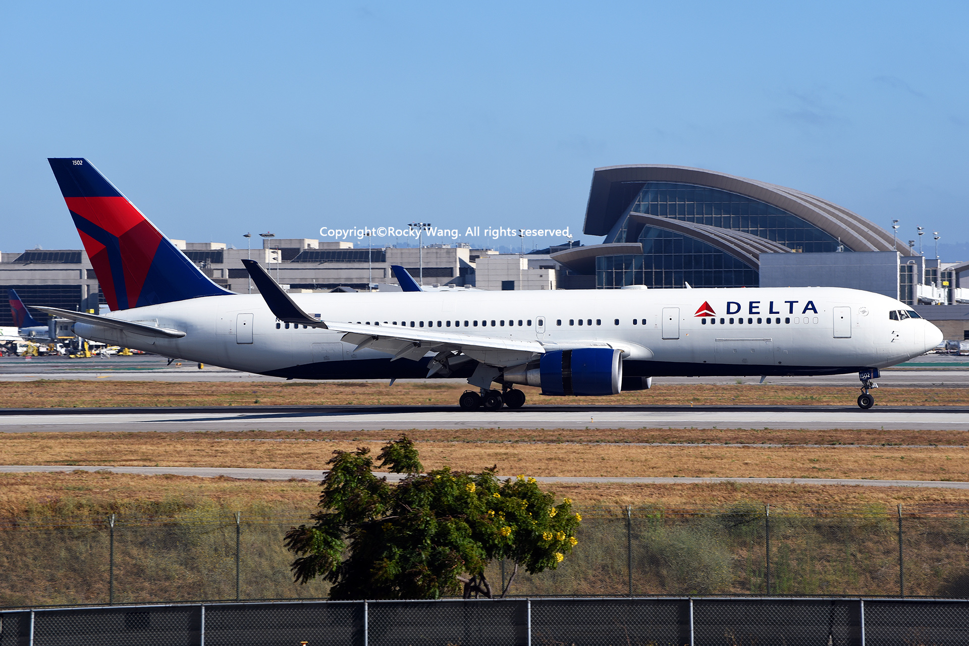 Re:[原创]LAX-暖冬与残夏 BOEING 767-3P6(ER) N152DL Los Angeles Int'l Airport